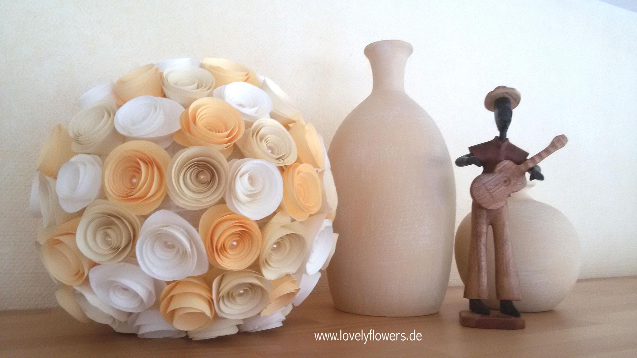 www.lovelyflowers.de - Paper Art Lampen sind auch unbeleuchtet eine wunderschöne Deko!