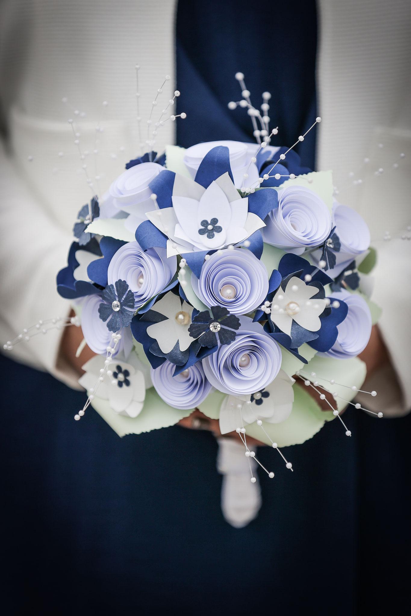 www.lovelyflowers.de - Dein Spezialist für wunderschöne Brautsträuße passend zu Deinem Hochzeitskleid!