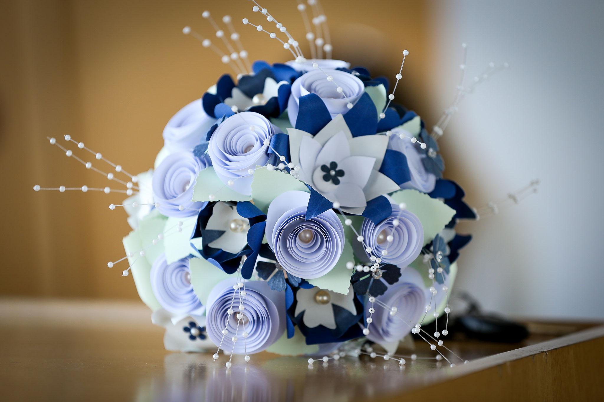 www.lovelyflowers.de - Dein Spezialist für exklusive Brautsträuße Deiner Farbwahl!