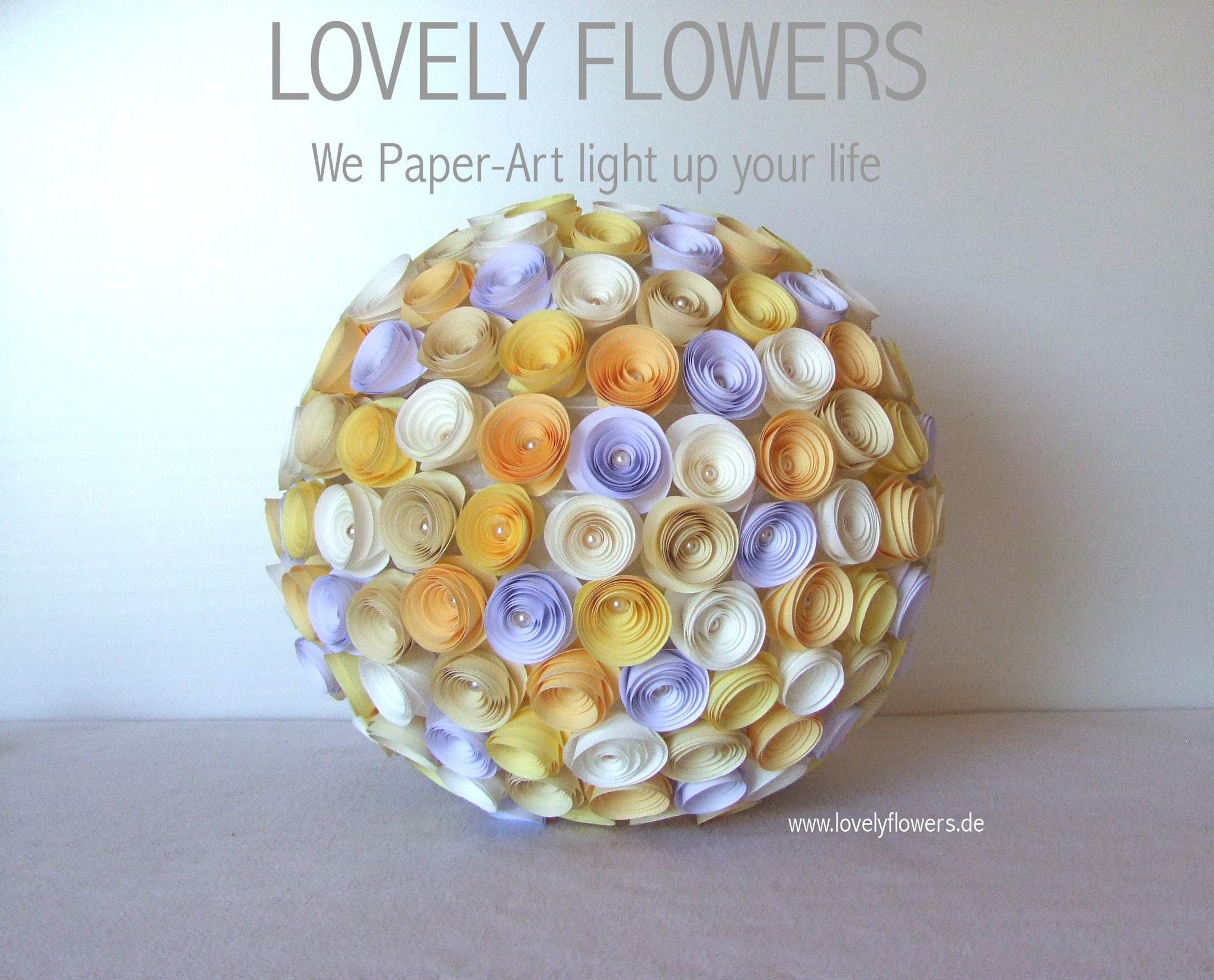 www.lovelyflowers.de - Paper Art Lampen sind hängend und liegend schön!