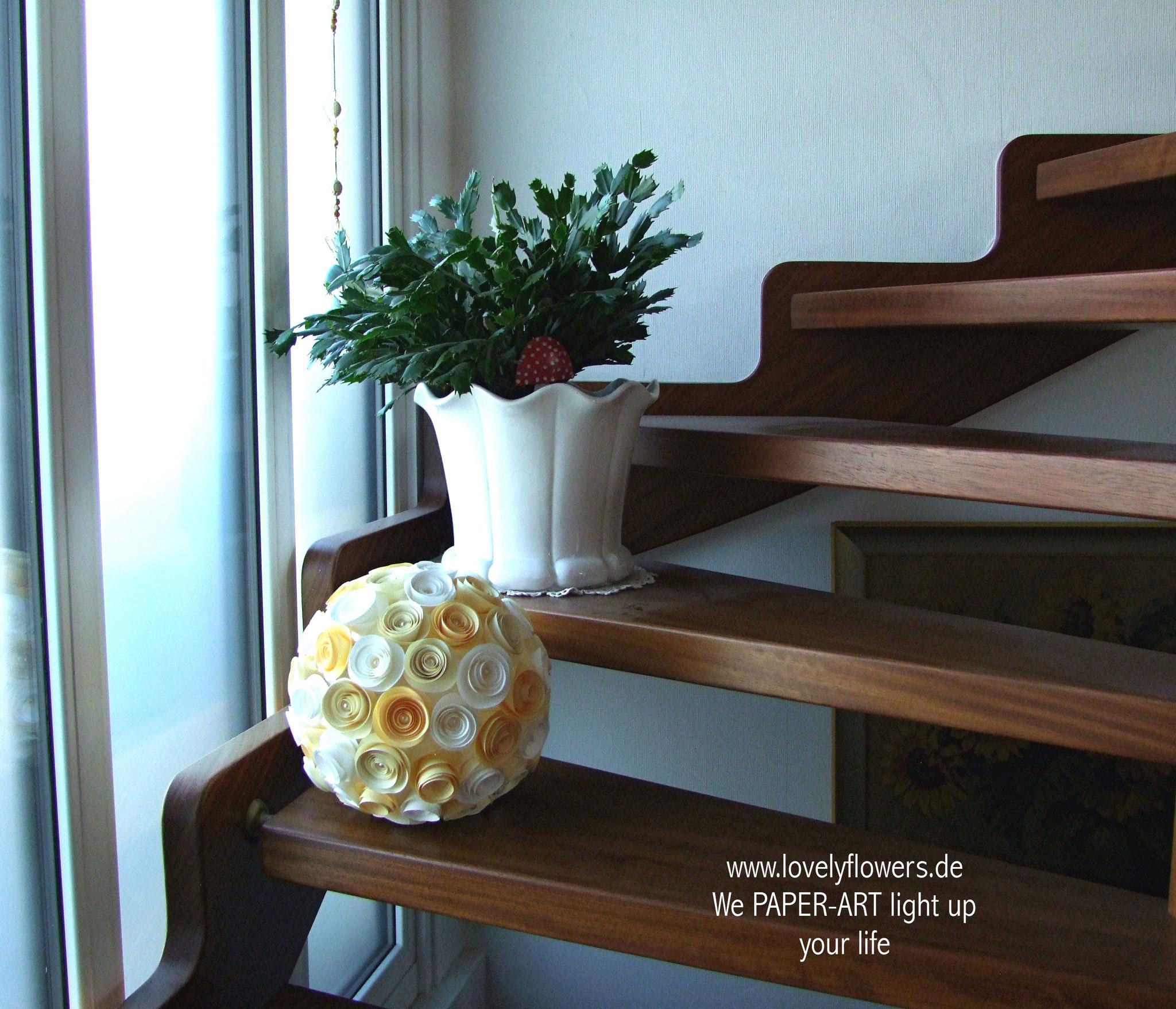 www.lovelyflowers.de - Paper Art Lampen beleuchten Dein Zuhause per Timer automatisch!