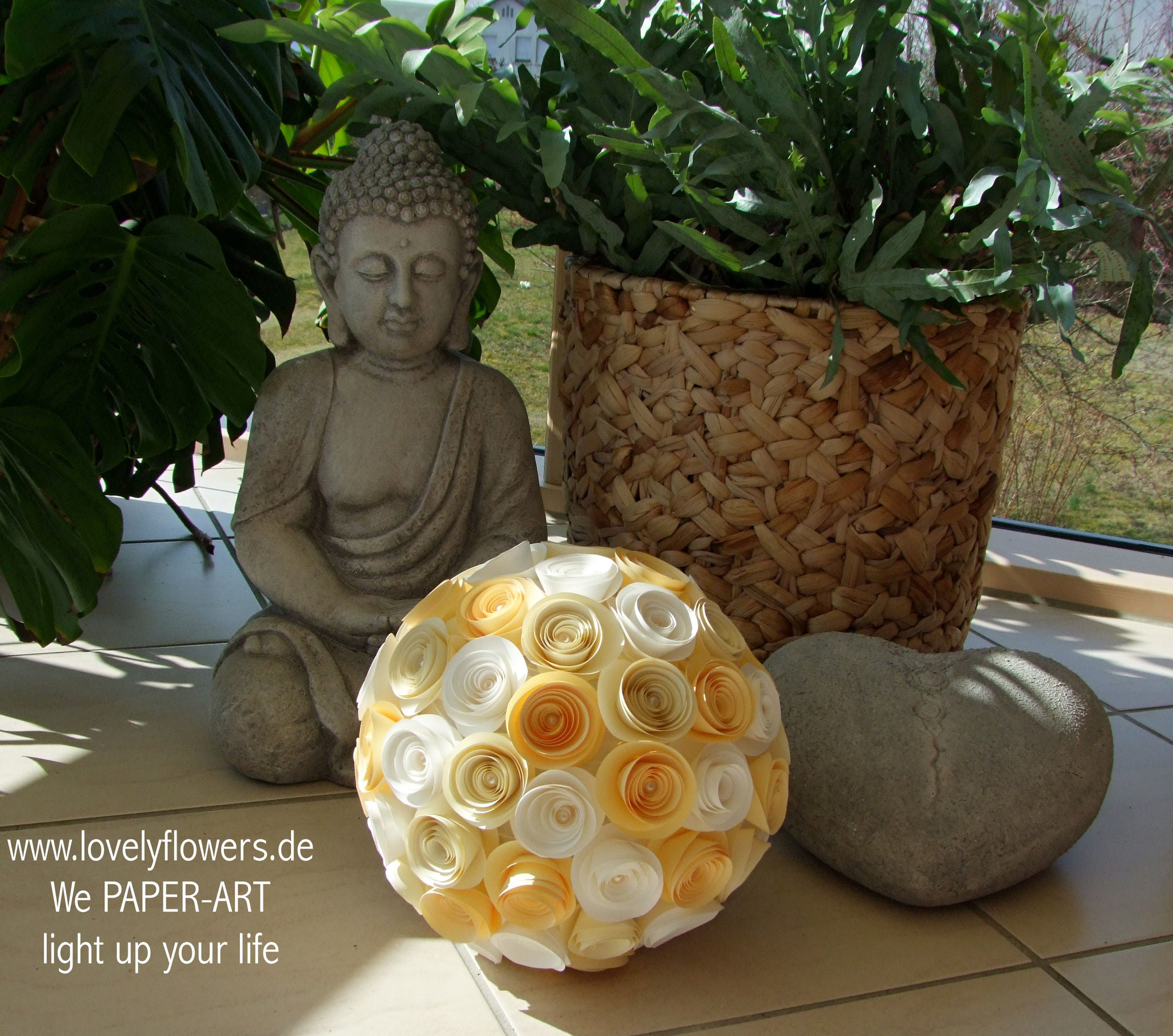 www.lovelyflowers.de - Paper Art Lampen verschönern Deinen Wintergarten!