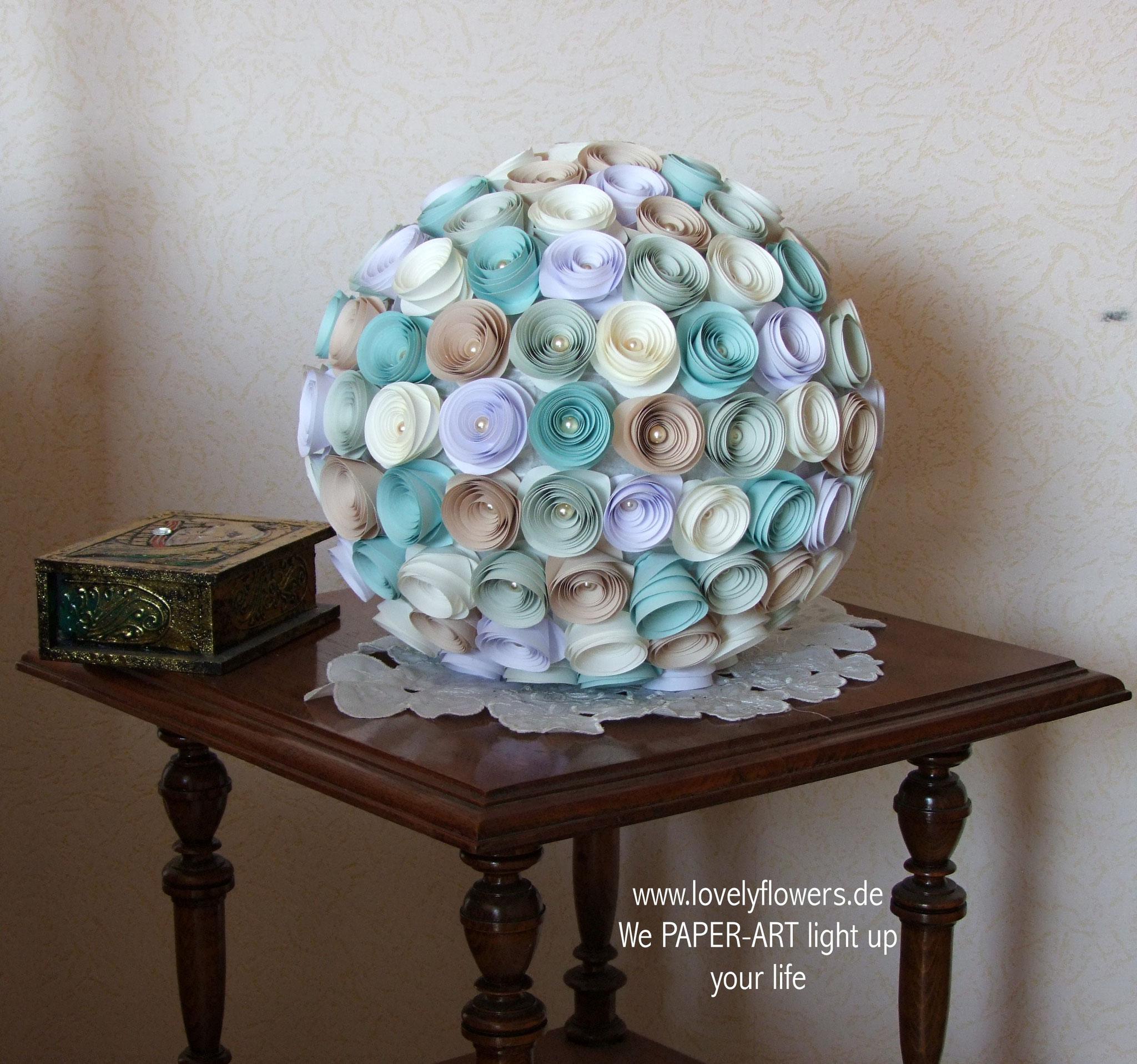 www.lovelyflowers.de - Paper Art Lampen passen in jede Ecke!