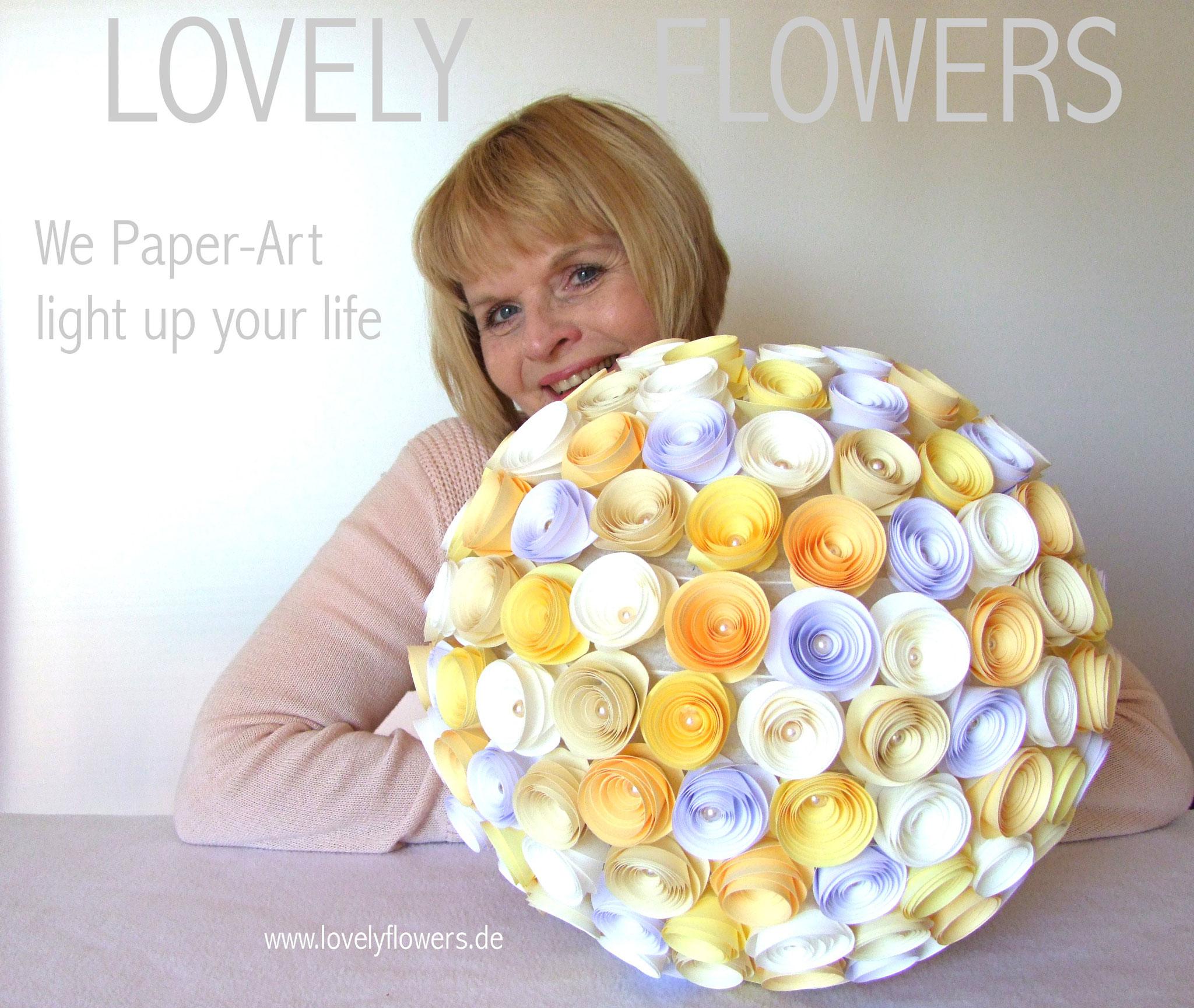 www.lovelyflowers.de - Paper Art Lampen gibts auch in imposanter Größe!