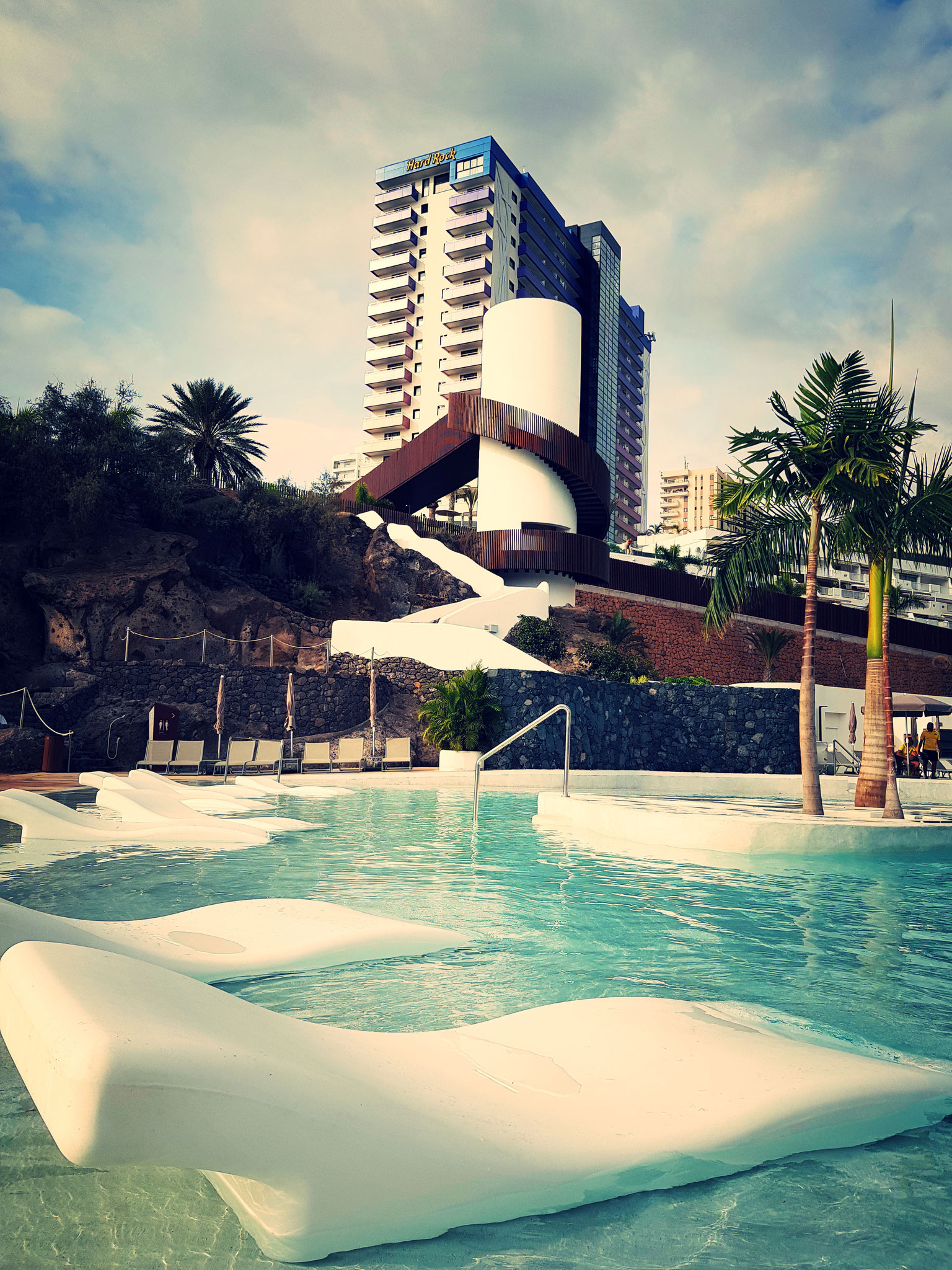 Hard Rock Hotel Teneriffa Pool