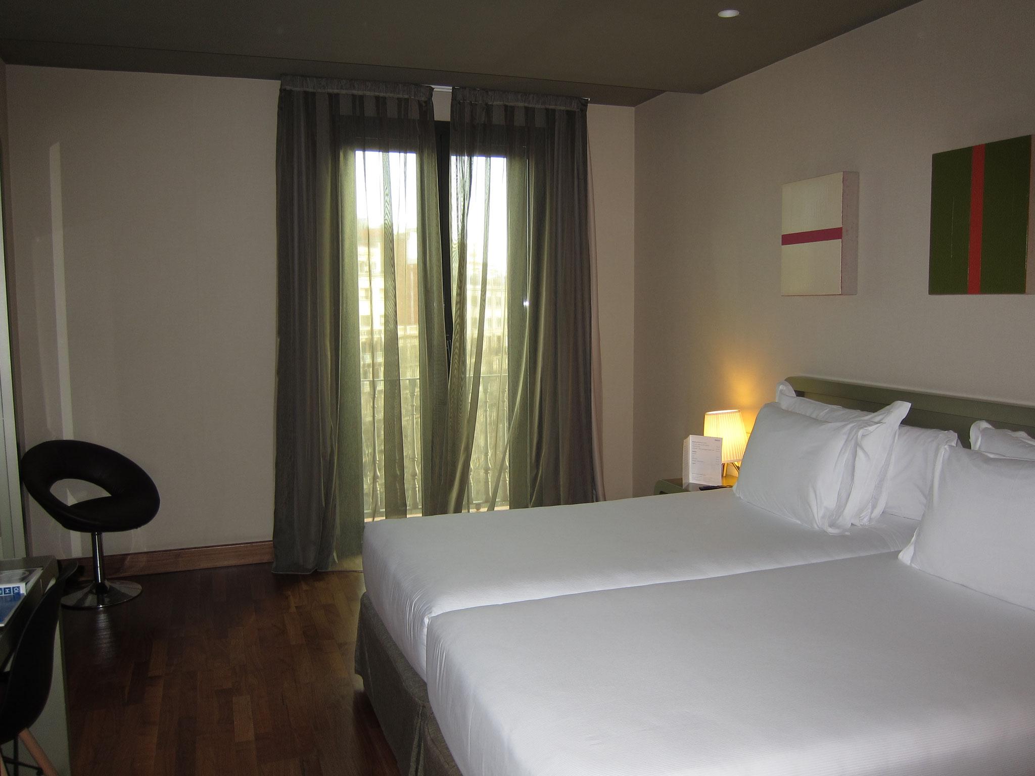 Zimmer H10 Casanova