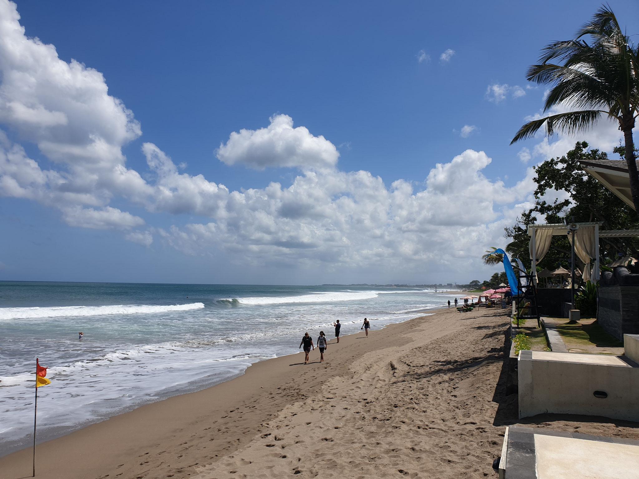 Seminyak Beach Resort Strand