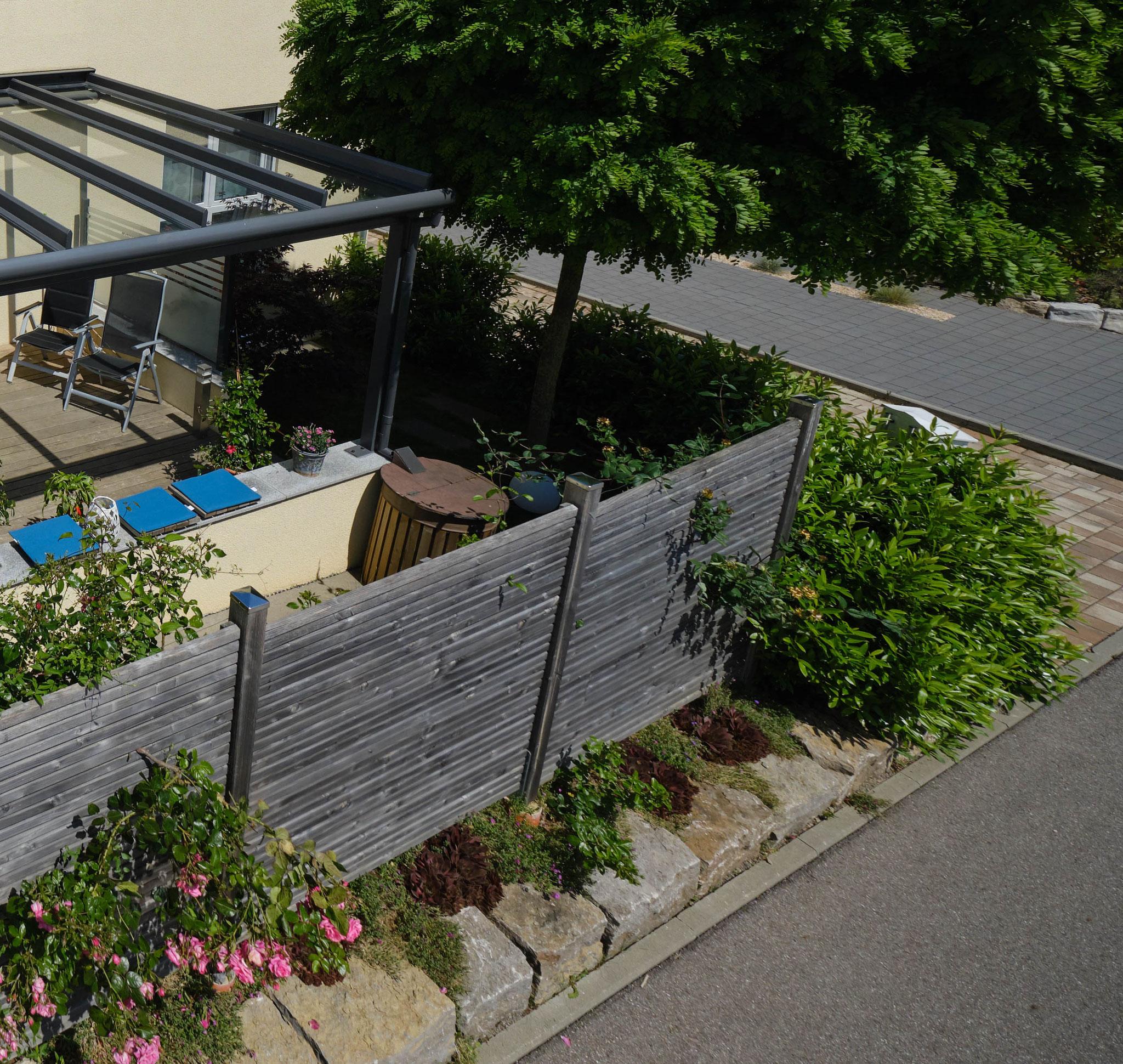 Ökopflaster mit mediterraner Optik im Garagenhof