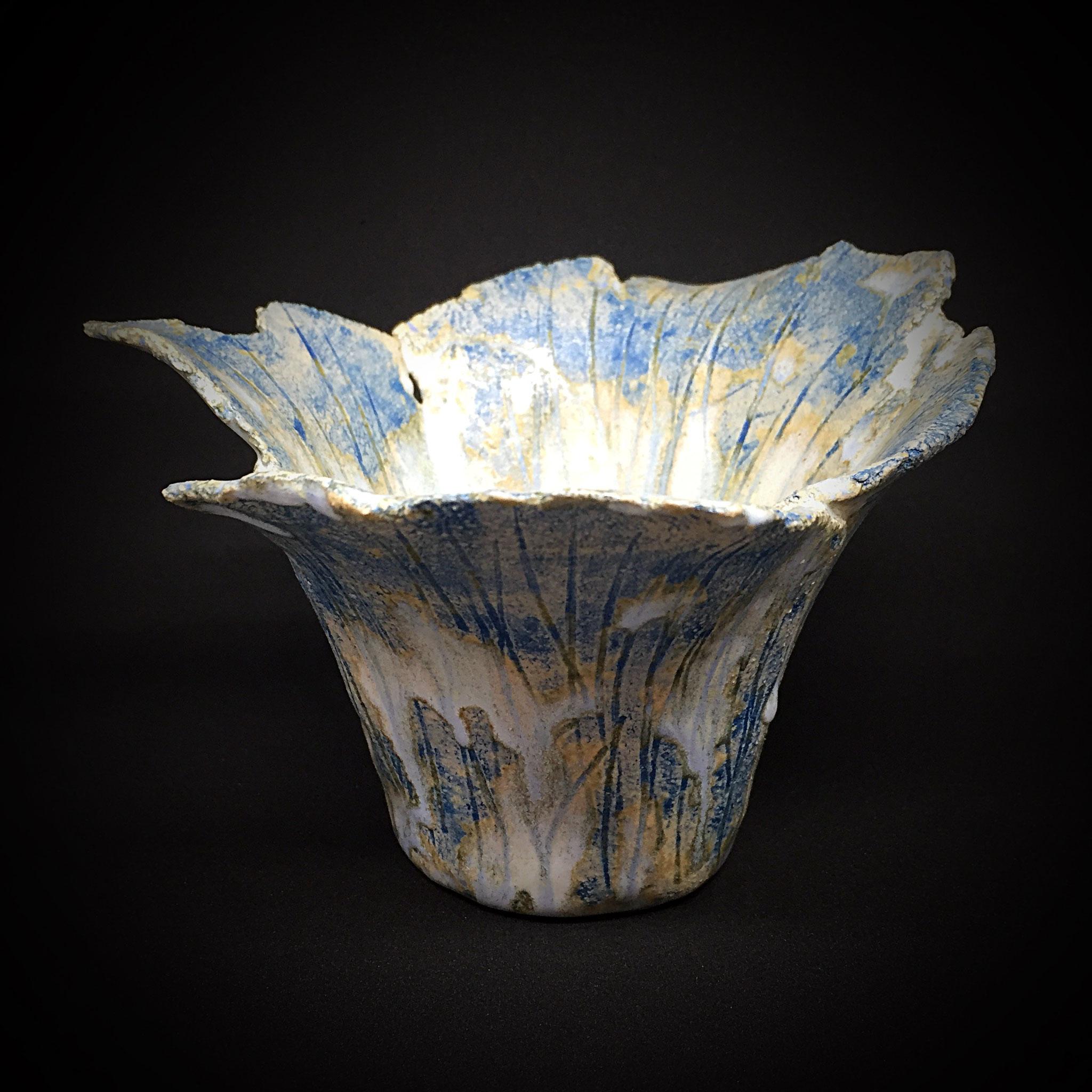 Keramik verbindet Erde und Feuer zu Gegenständen von bleibender Freude