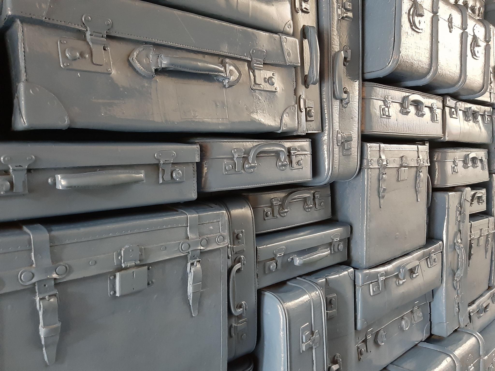 Jede Menge Koffer