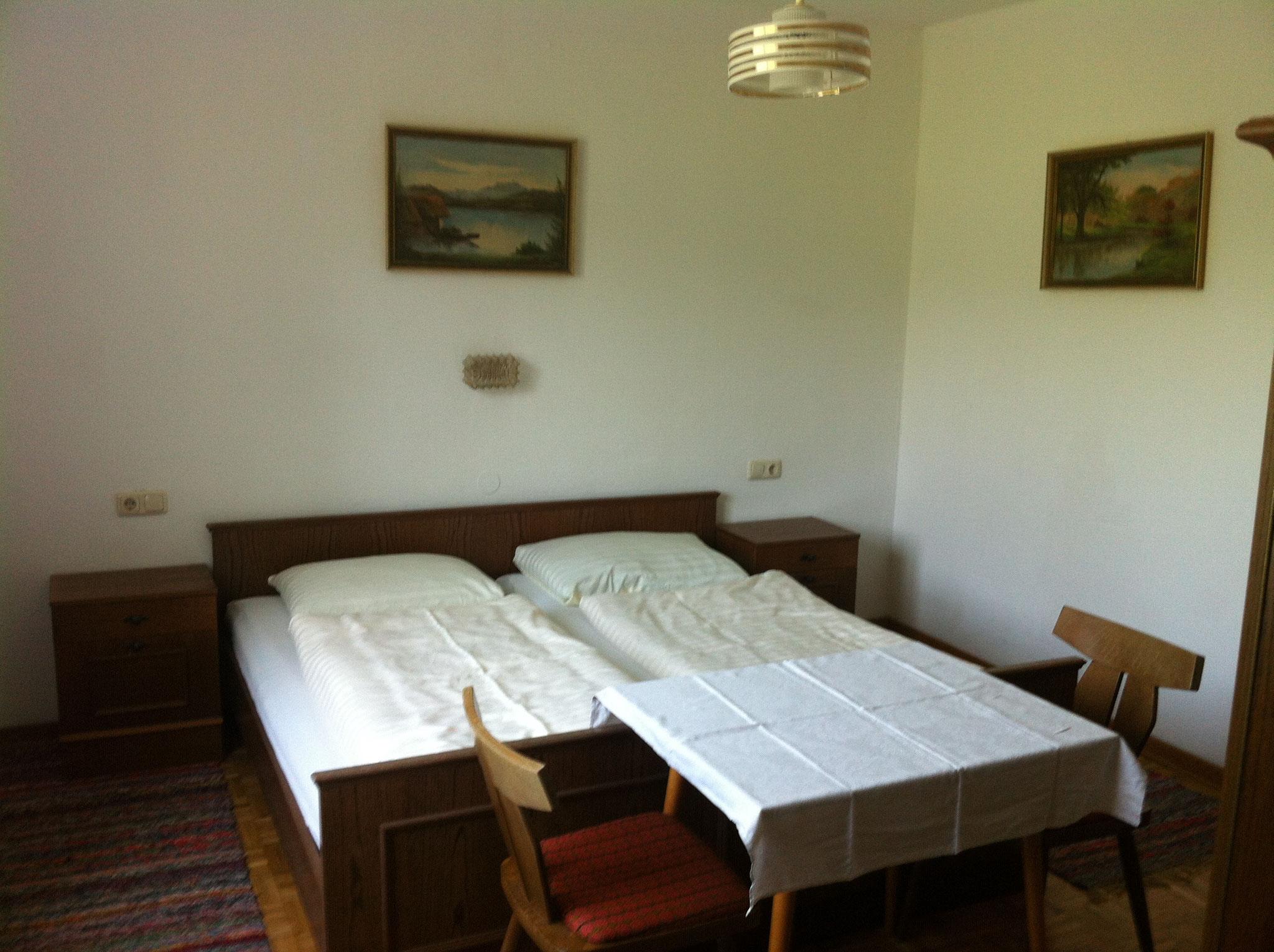 Zimmer Nebengebäude