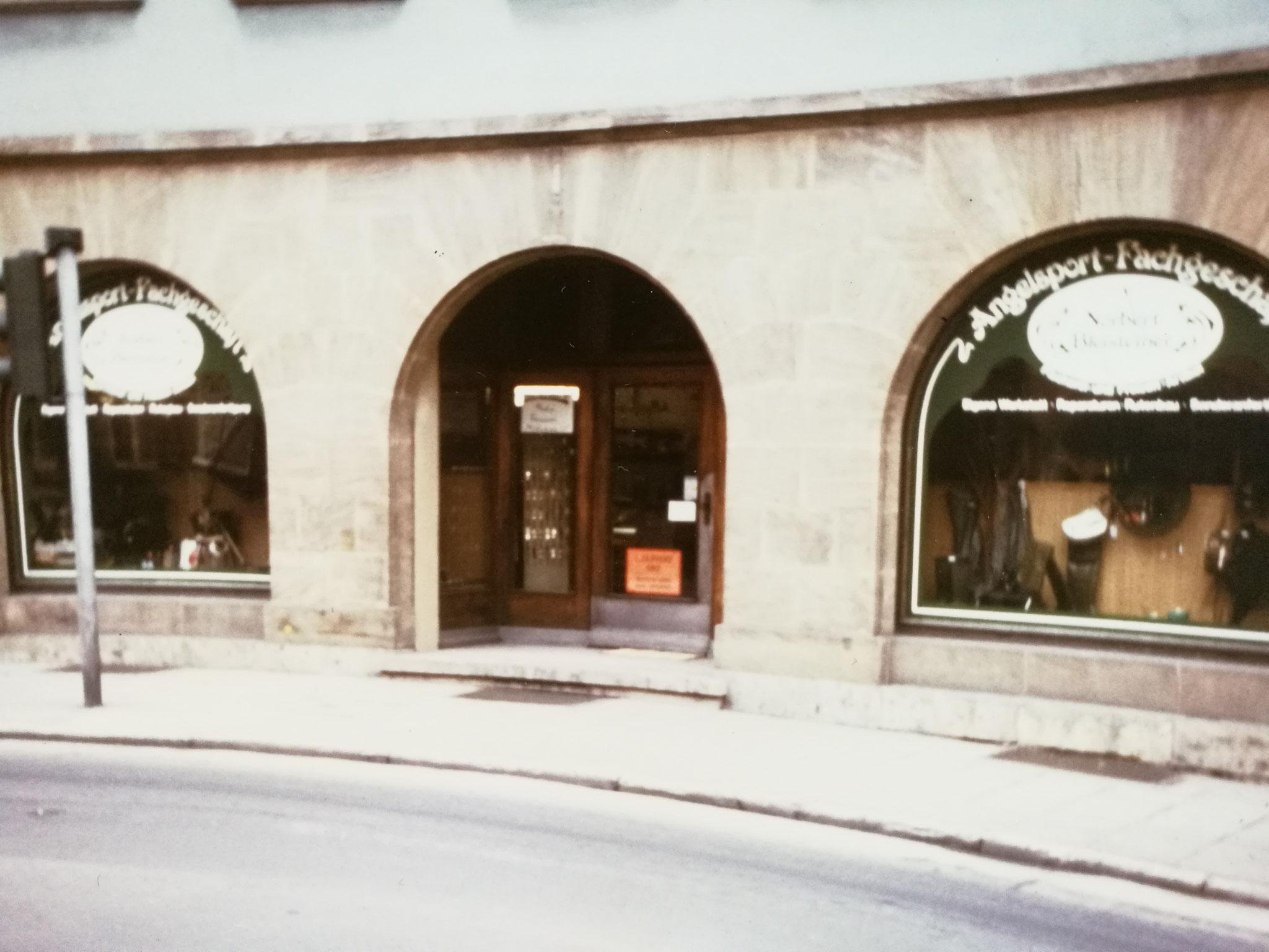 1. Geschäft 1983