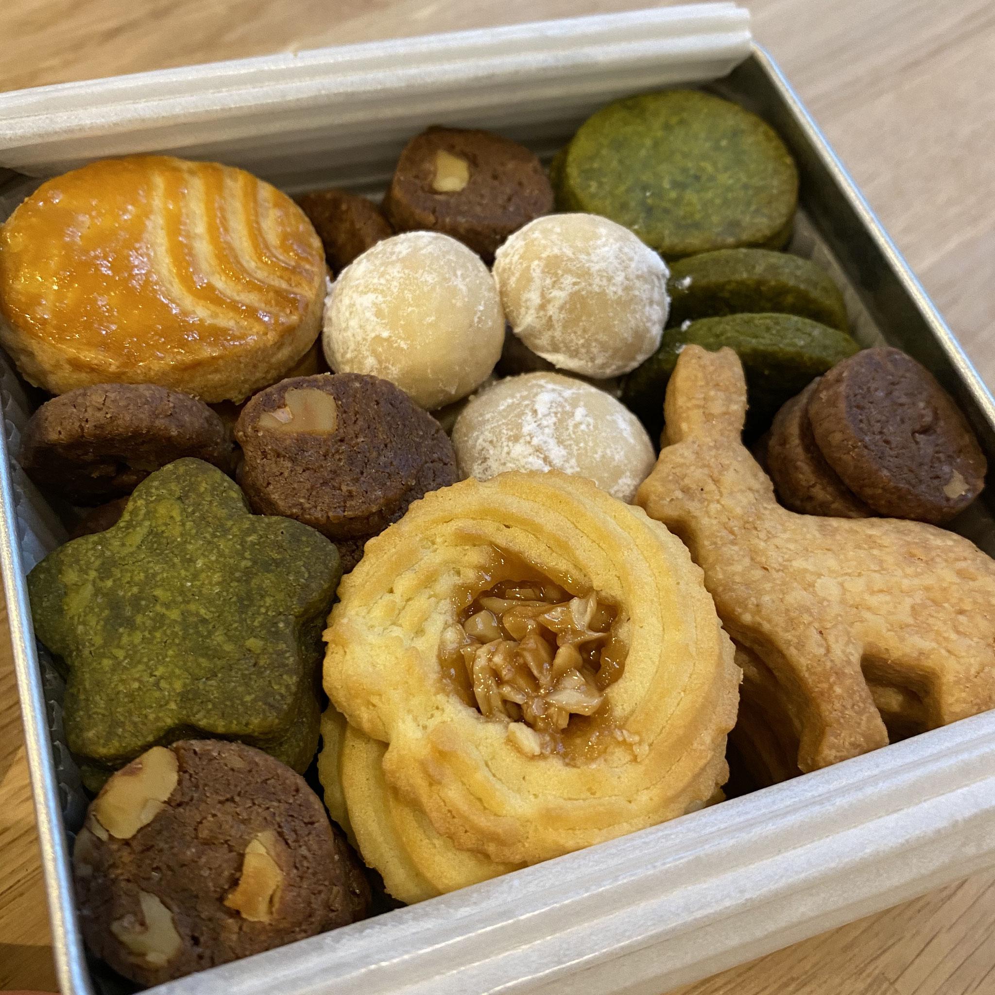 クッキー缶 S / M size 各種