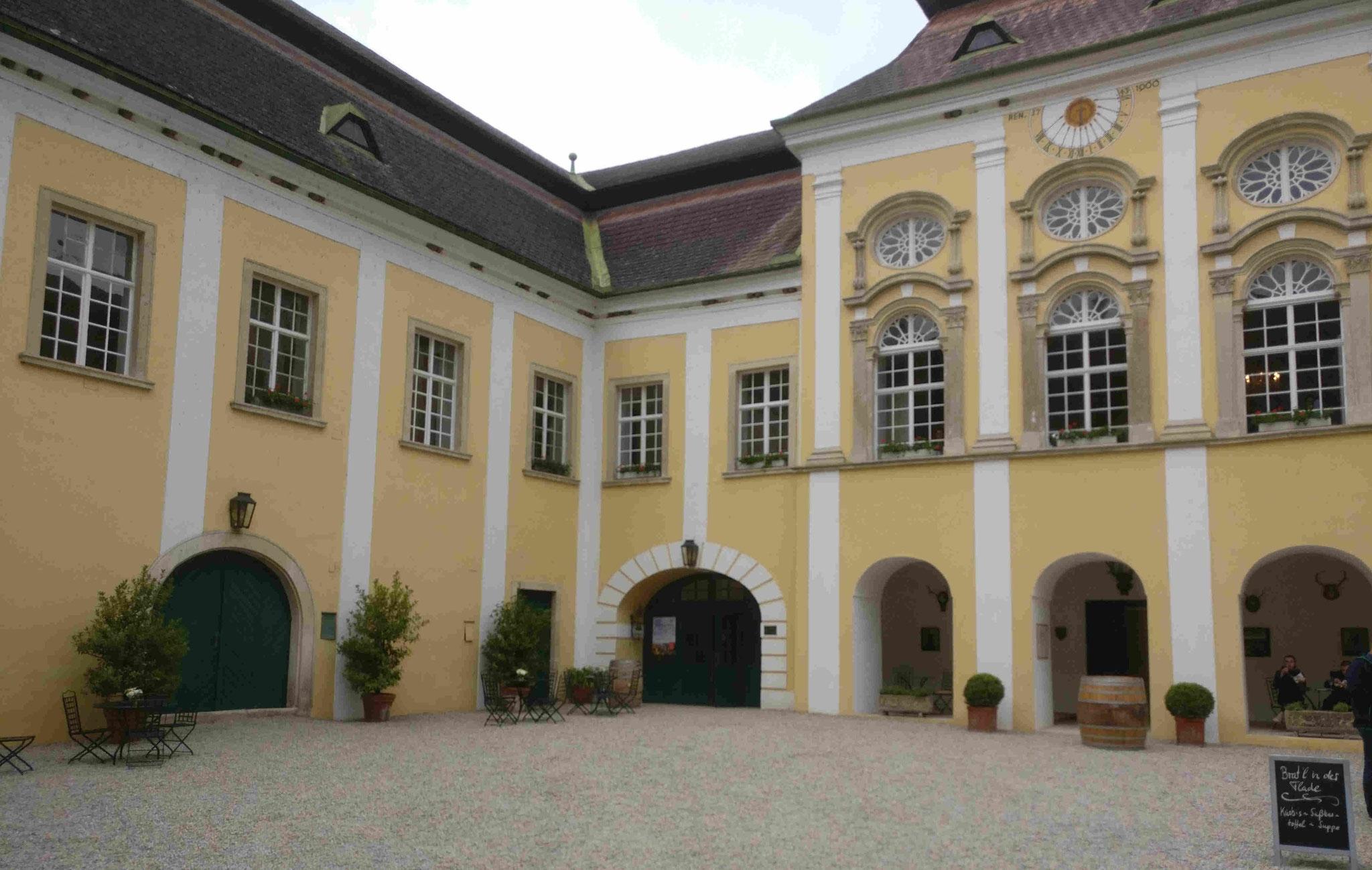 Schloß Gobelsburg: Innenhof