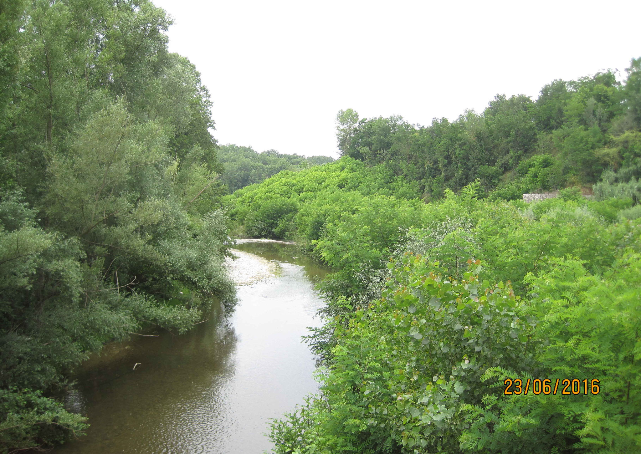 Fluss in Paternopoli
