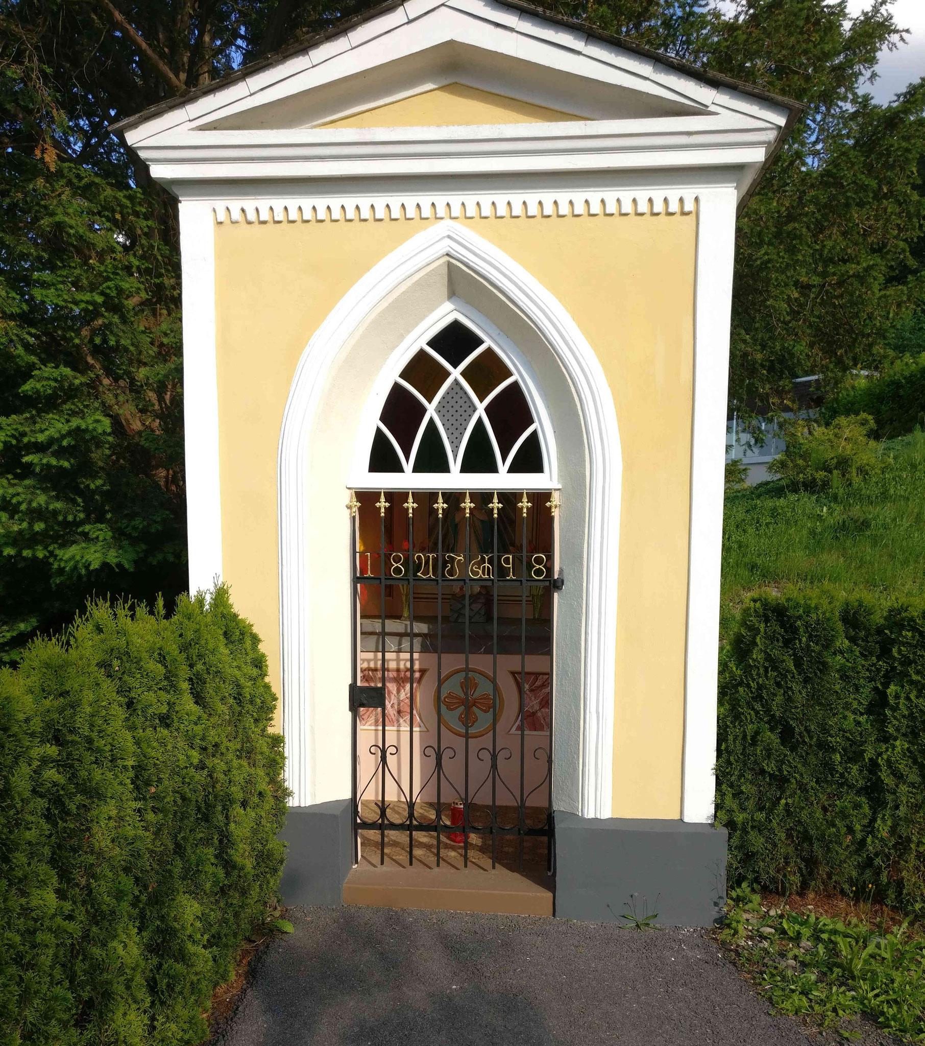 Kappelle neben den Weingärten