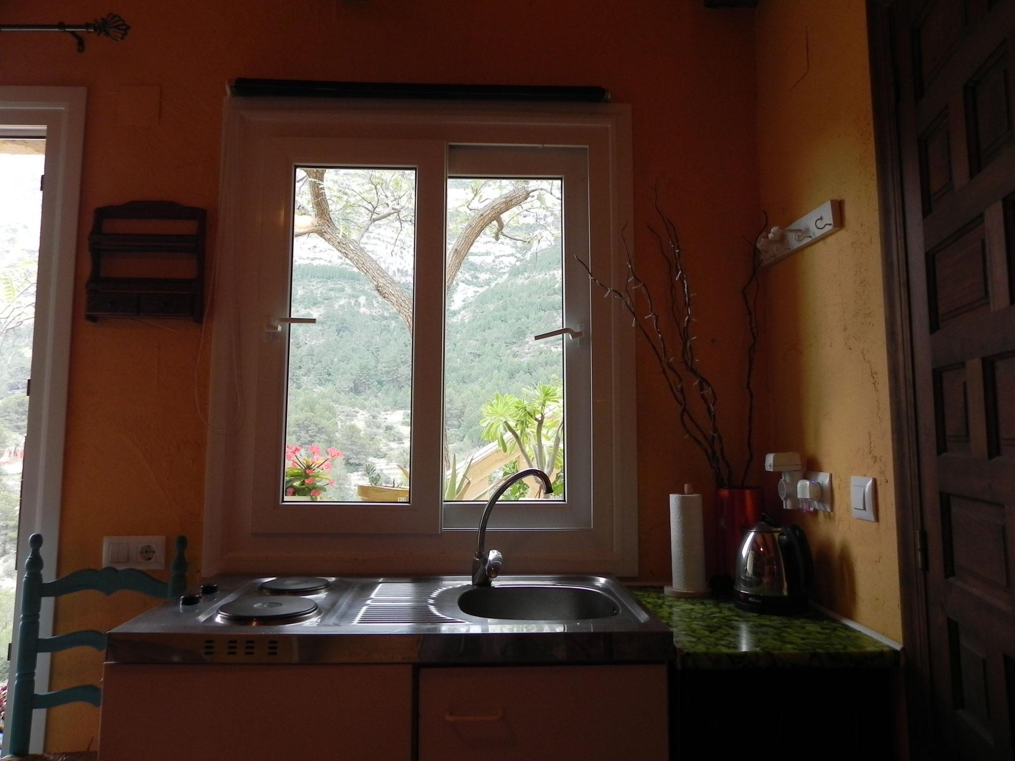 Mini Küche mit Aussicht zum Montgo