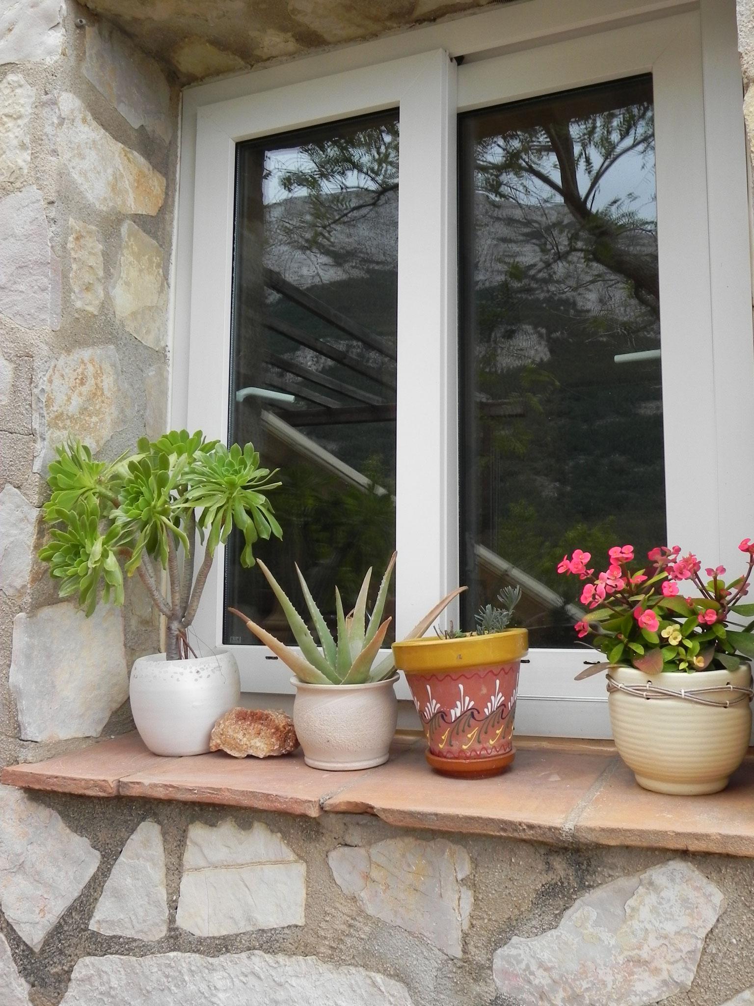 Fensterbank von außen