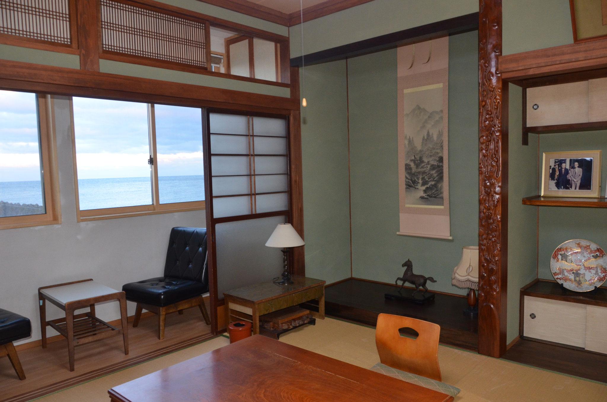 井上靖が宿泊した長谷旅館を再現したお部屋