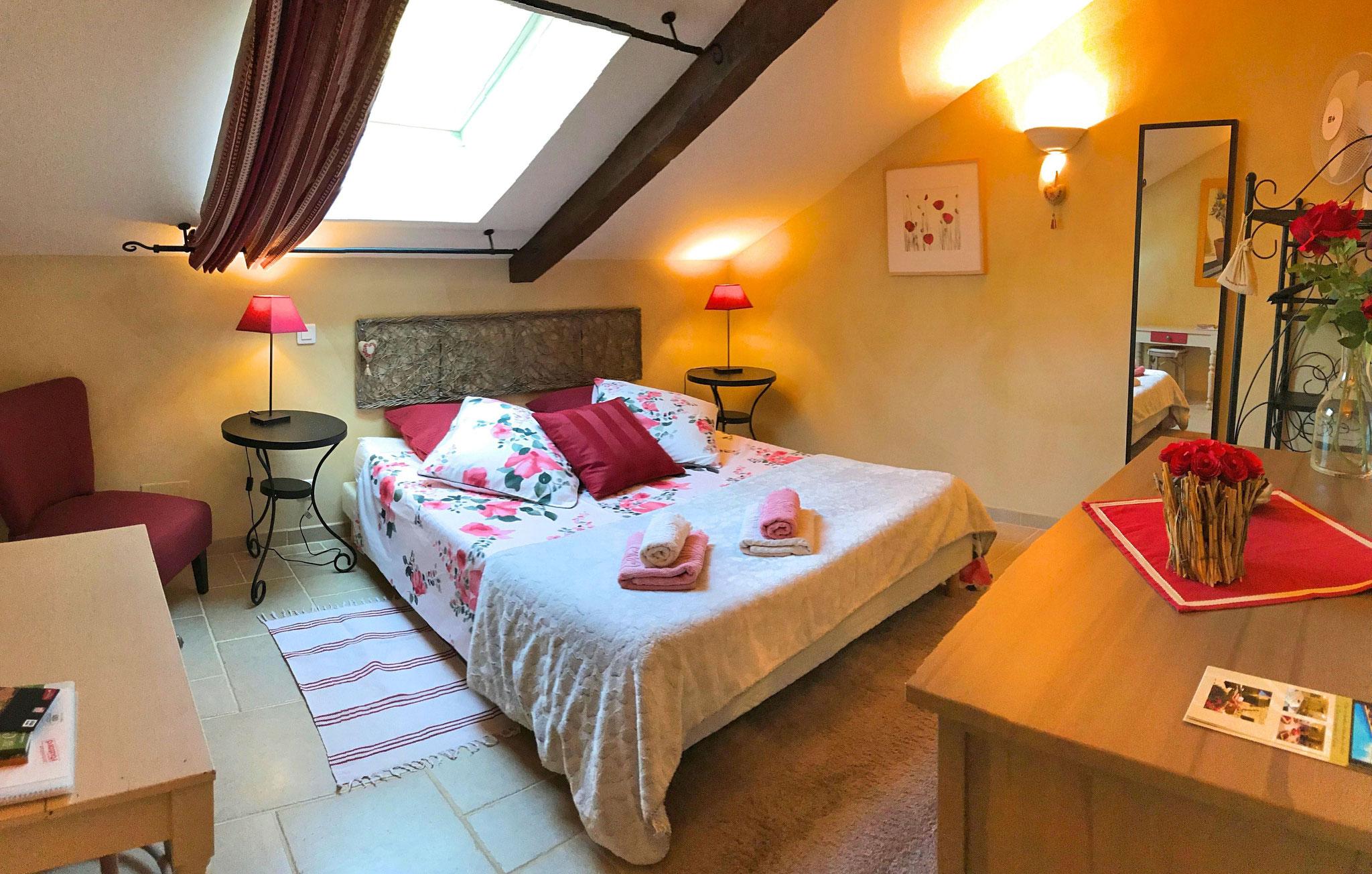 Chambre à l'étage, Roses de Cahors