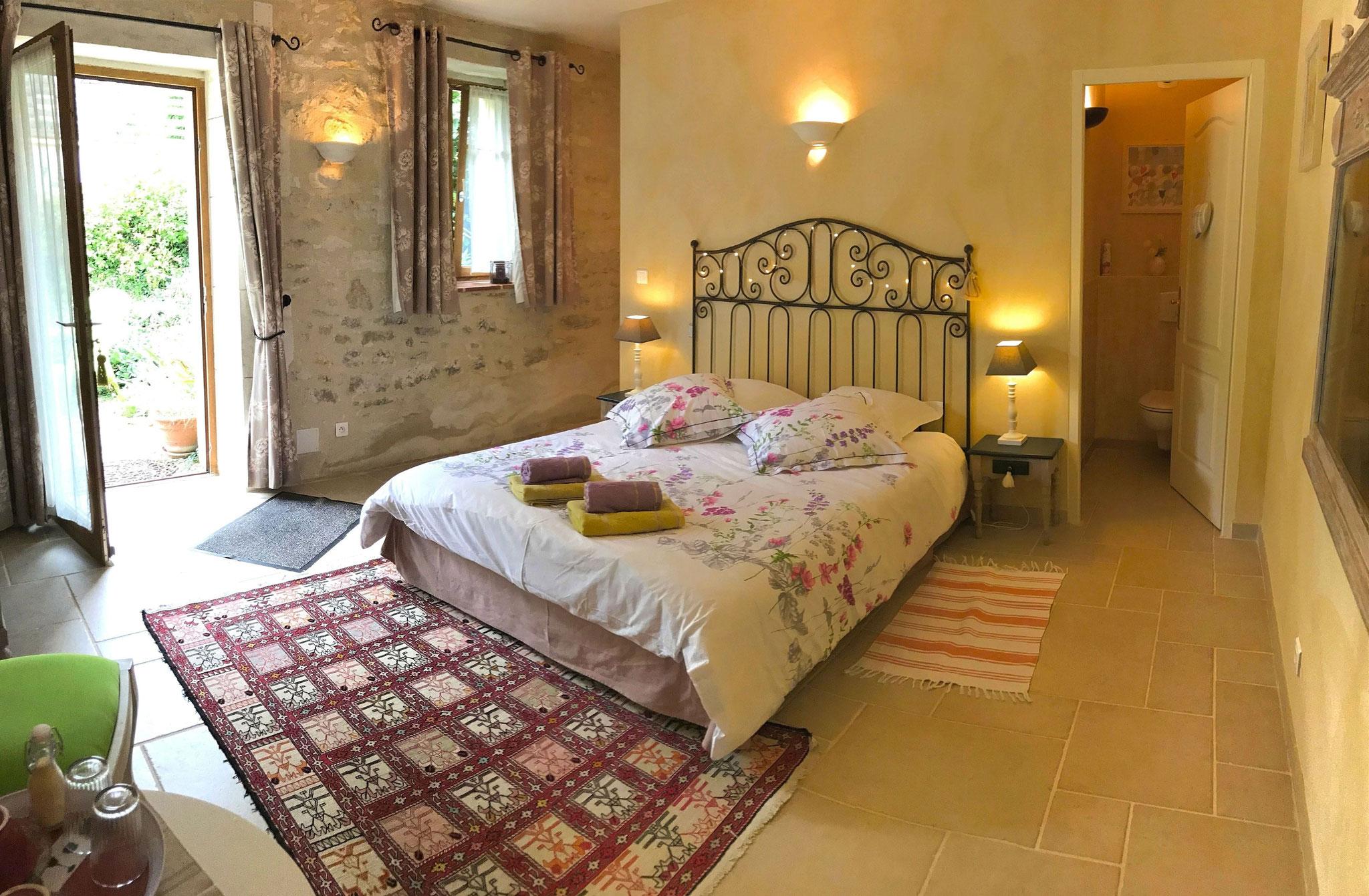 Chambre du rez de chaussée, Fleur de VigneChambre à l'étage, Coquelicots