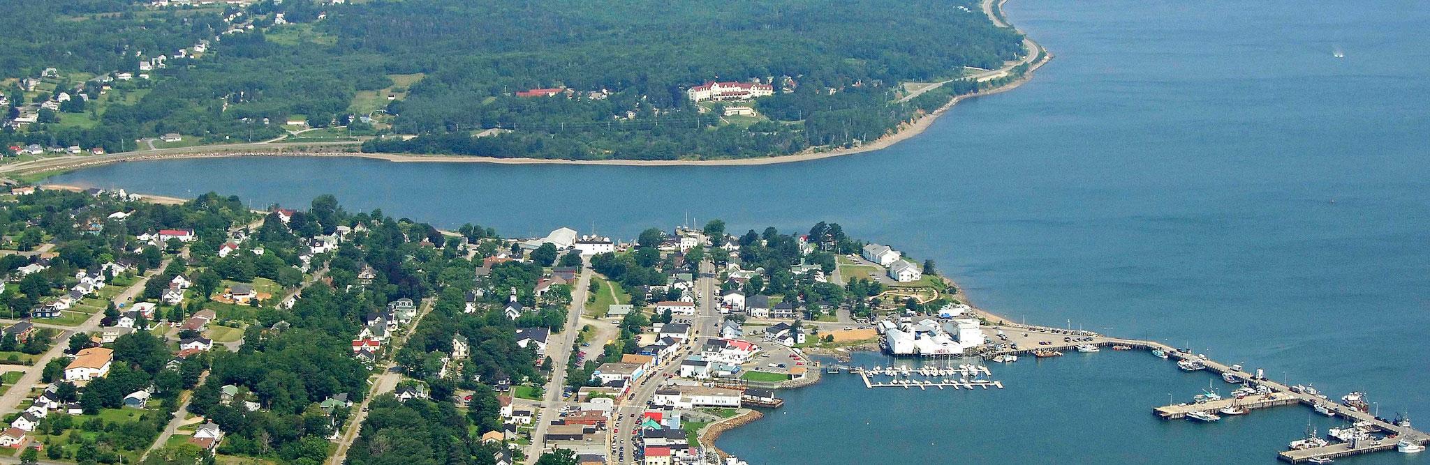title:Digby Forest,title2:Wirtschaftswald,provinz:Nova Scotia,bezirk:Digby,art:Mischwald,flaeche:566 ha,ufer:,preis:auf Anfrage