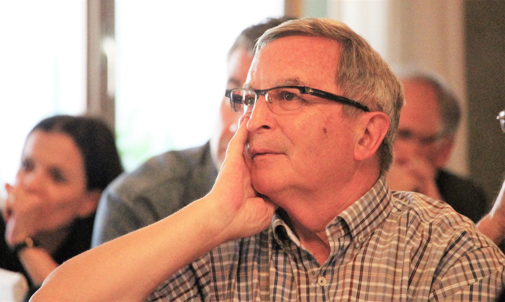 Revisor Fritz Keller (Fulenbach) verfolgt die Hauptversammlung.