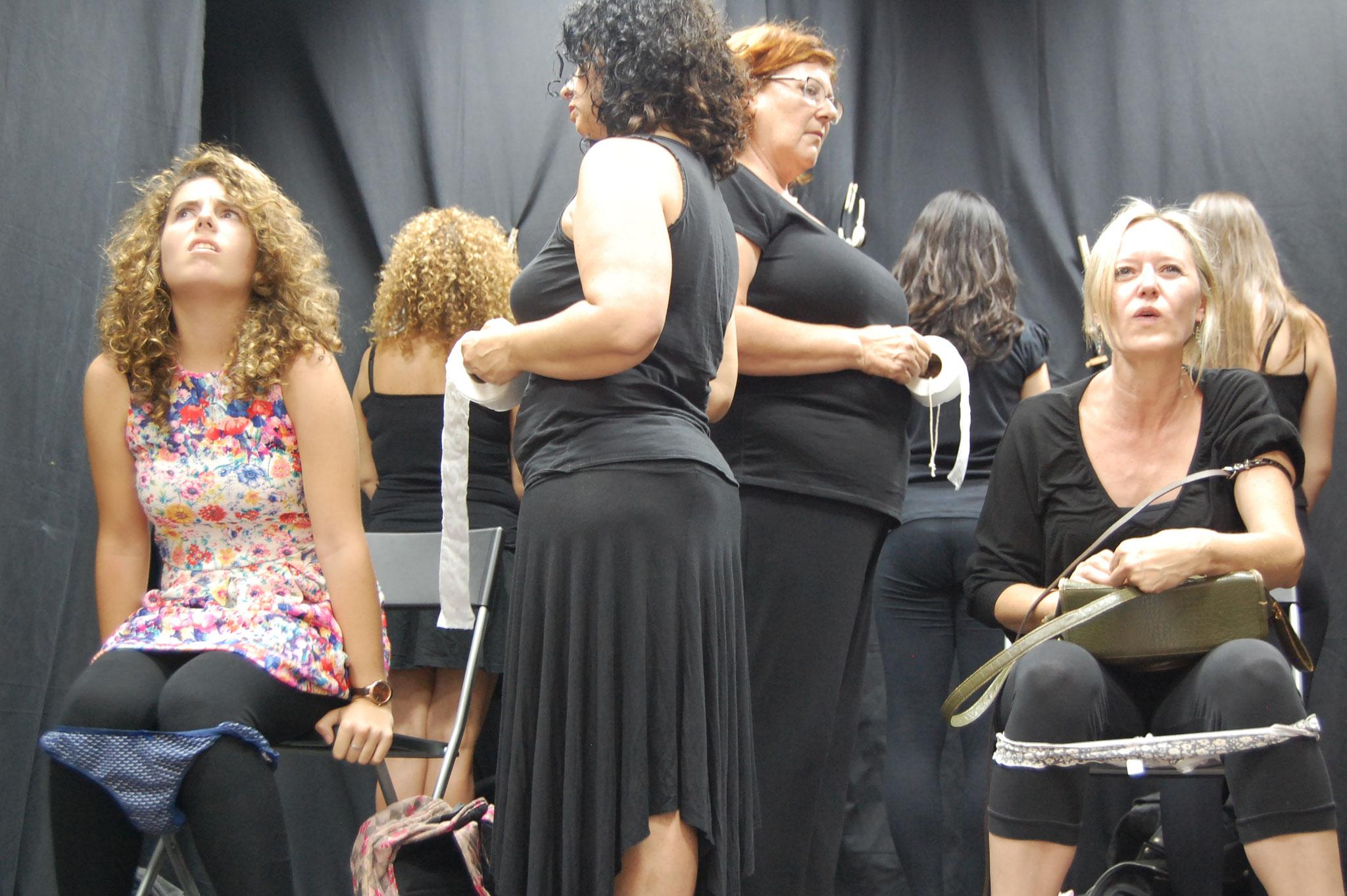 """Muestra Fin de Curso 2014-2015. Interpretación: """"Piezas Urbanas y Nocturnas"""" de Carmen Pombero."""
