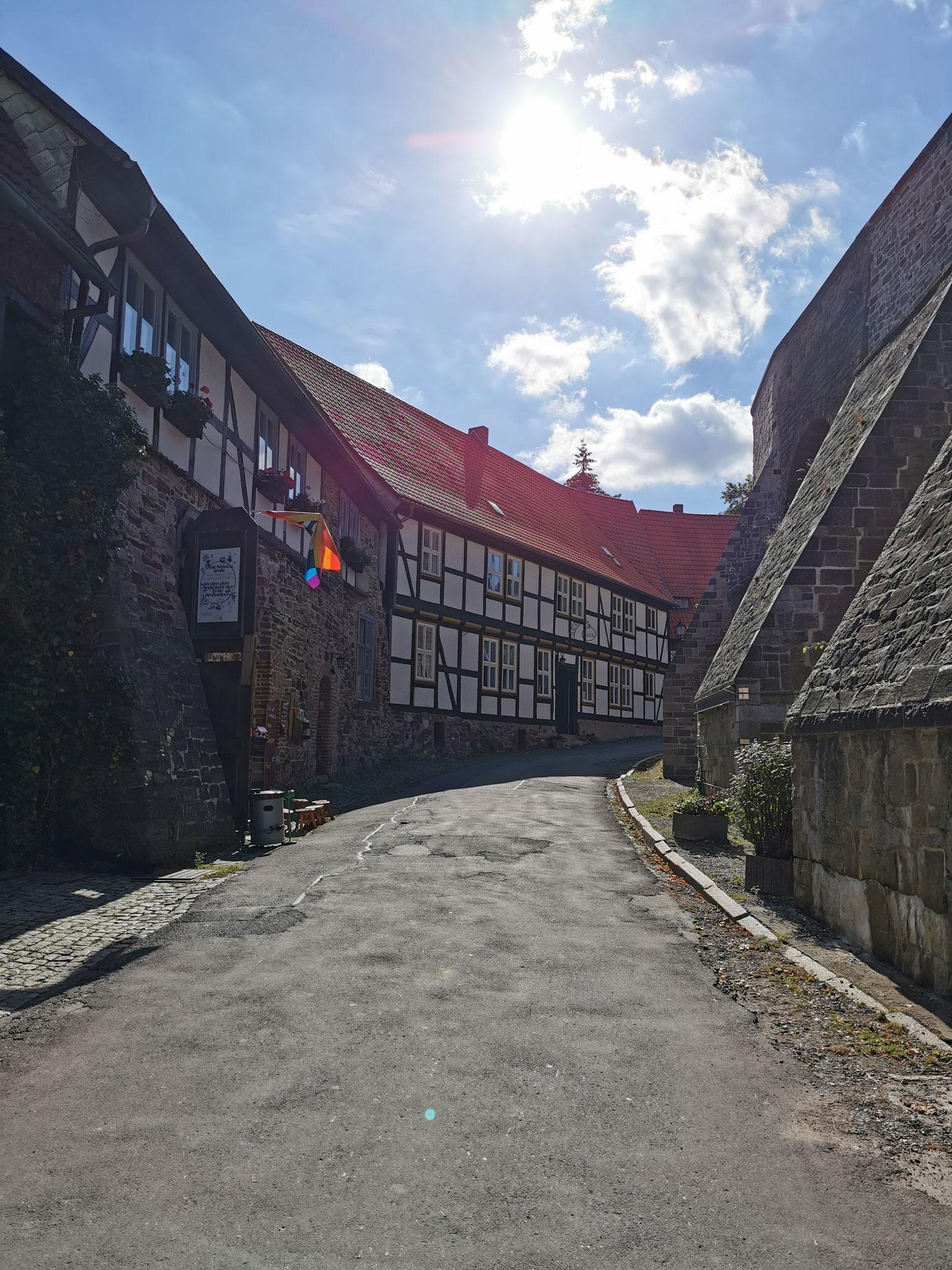 Die Vorburg, hier gibt es zahlreiche Hotels und Pensionen
