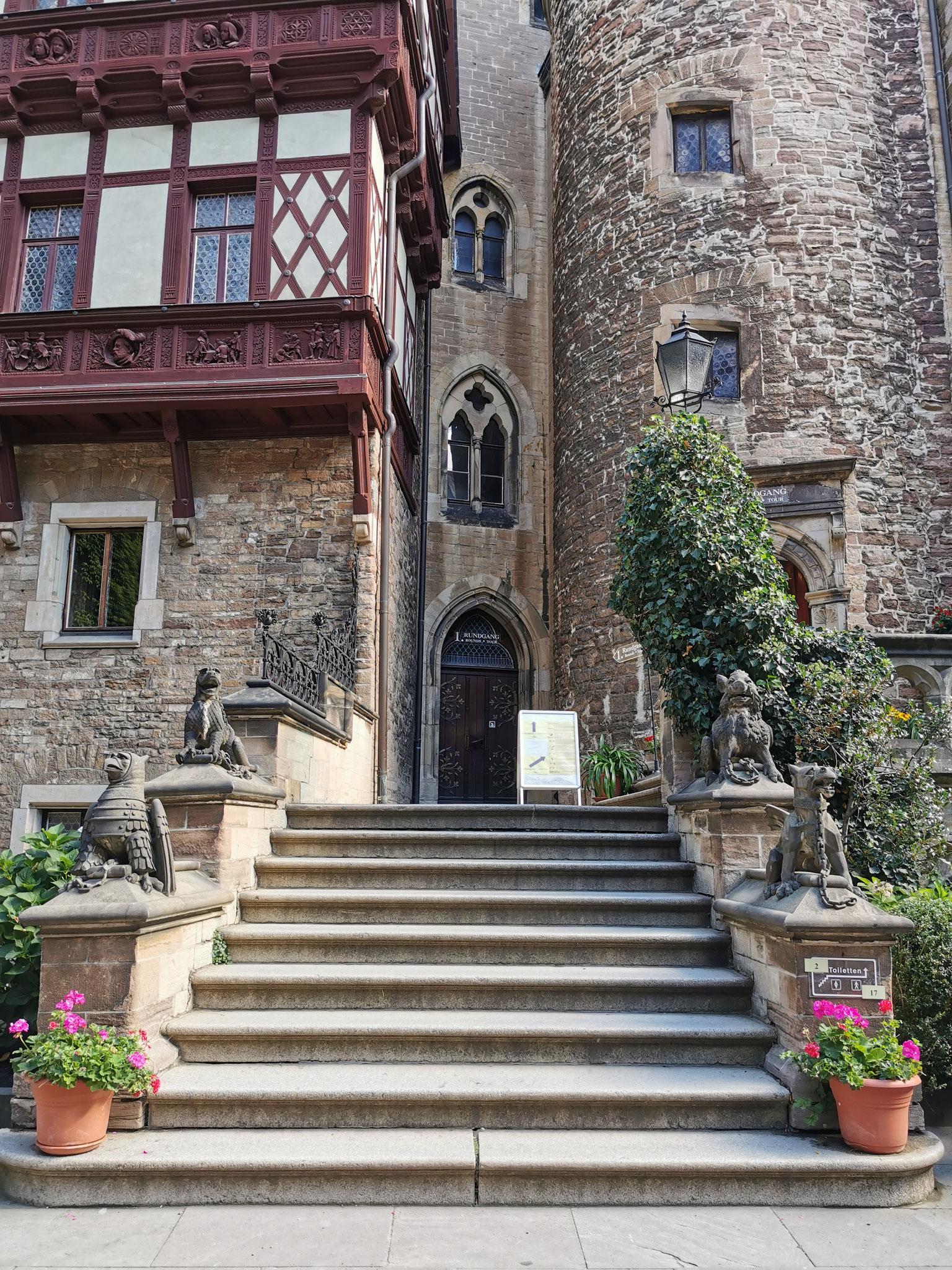 Eingang zu den Räumlichkeiten des Schlosses