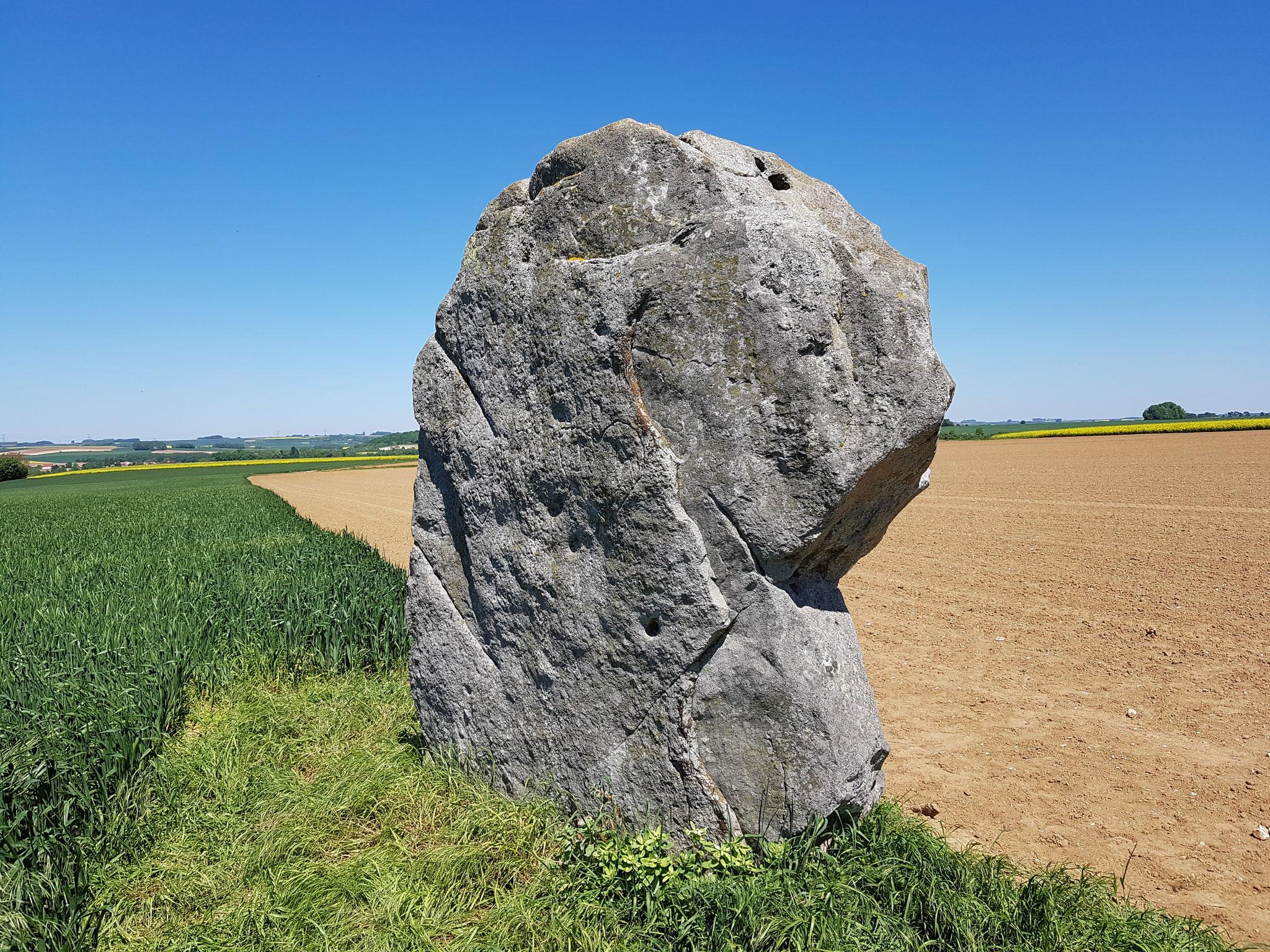 Menhir de Bavelincourt