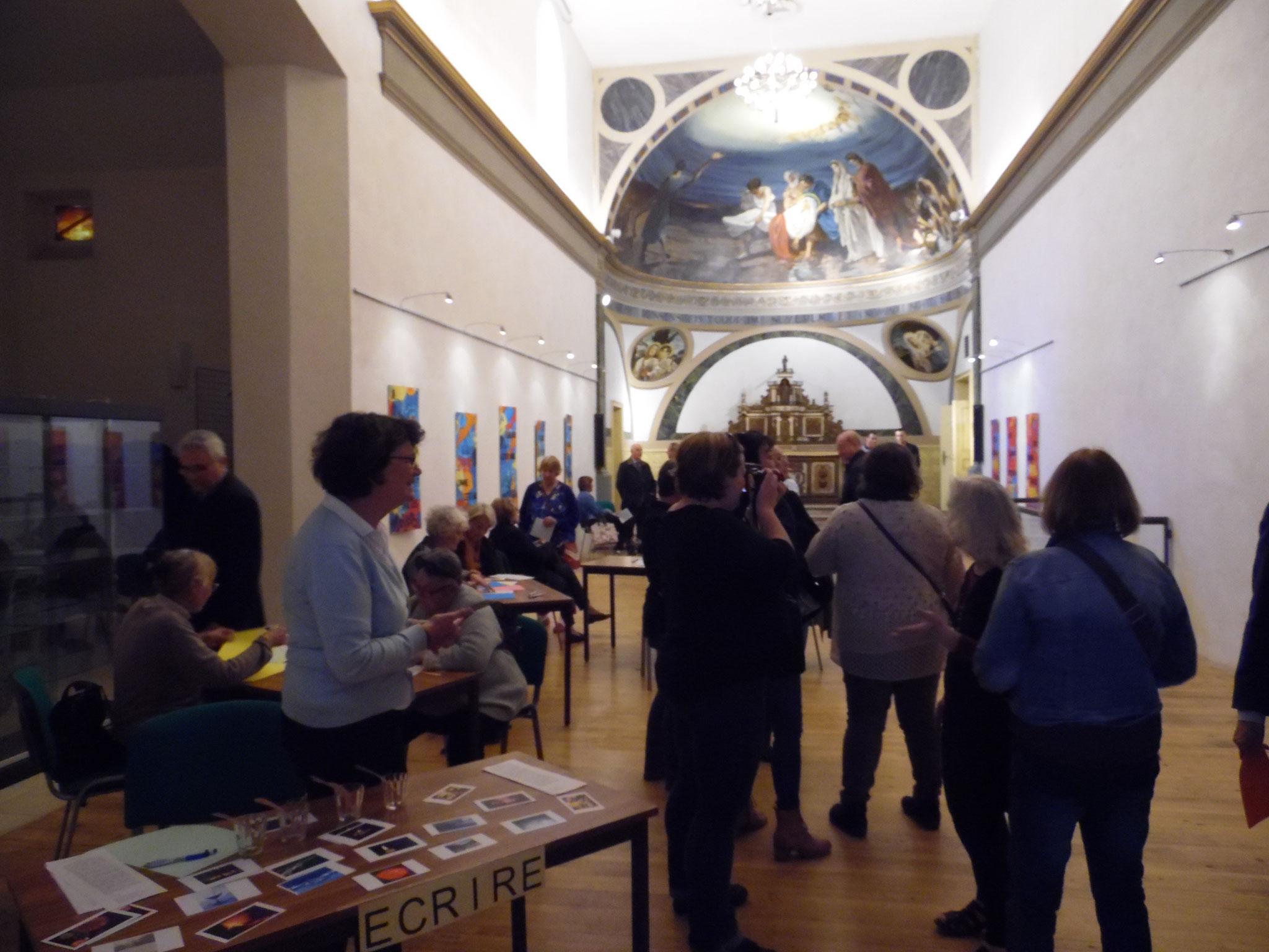 expo de laëtitia Lanic et Ernest au Martrou à l'occasion de l'apéro pensant