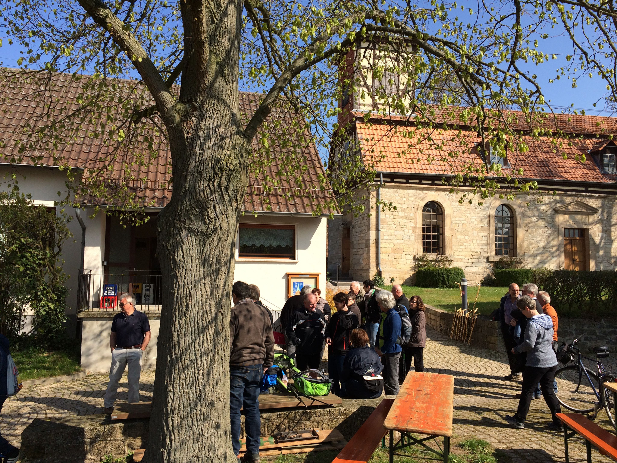 Feier zur Zertifizierung der Lüderbacher Kirche als Pilger- und Radwegekirche