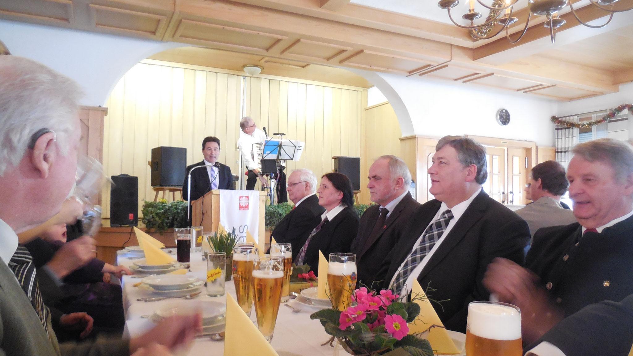 Grußwort von Bürgermeister Udo Weingart