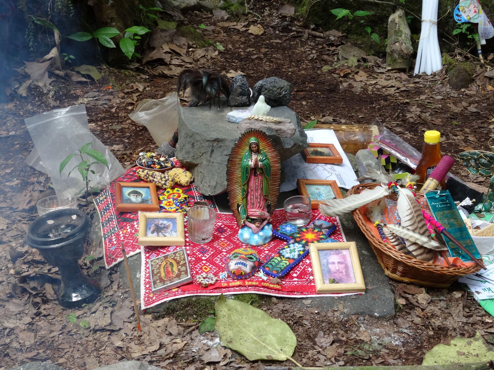 ¿ya has creado tu altar? / hast du deinen Altar schon gebaut?
