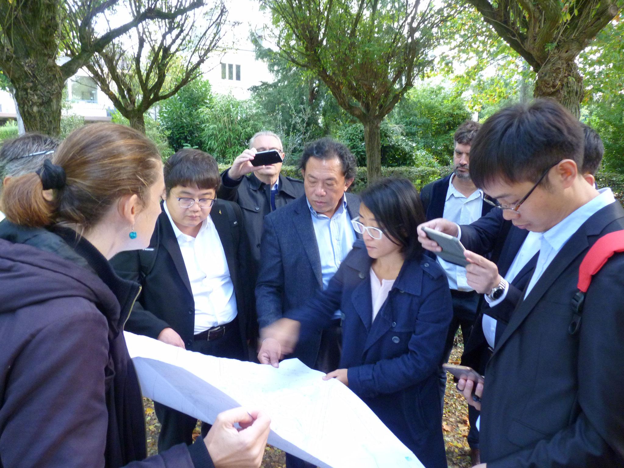 Délégation de paysagistes chinois à Rennes - le Jardin chinois à Rennes