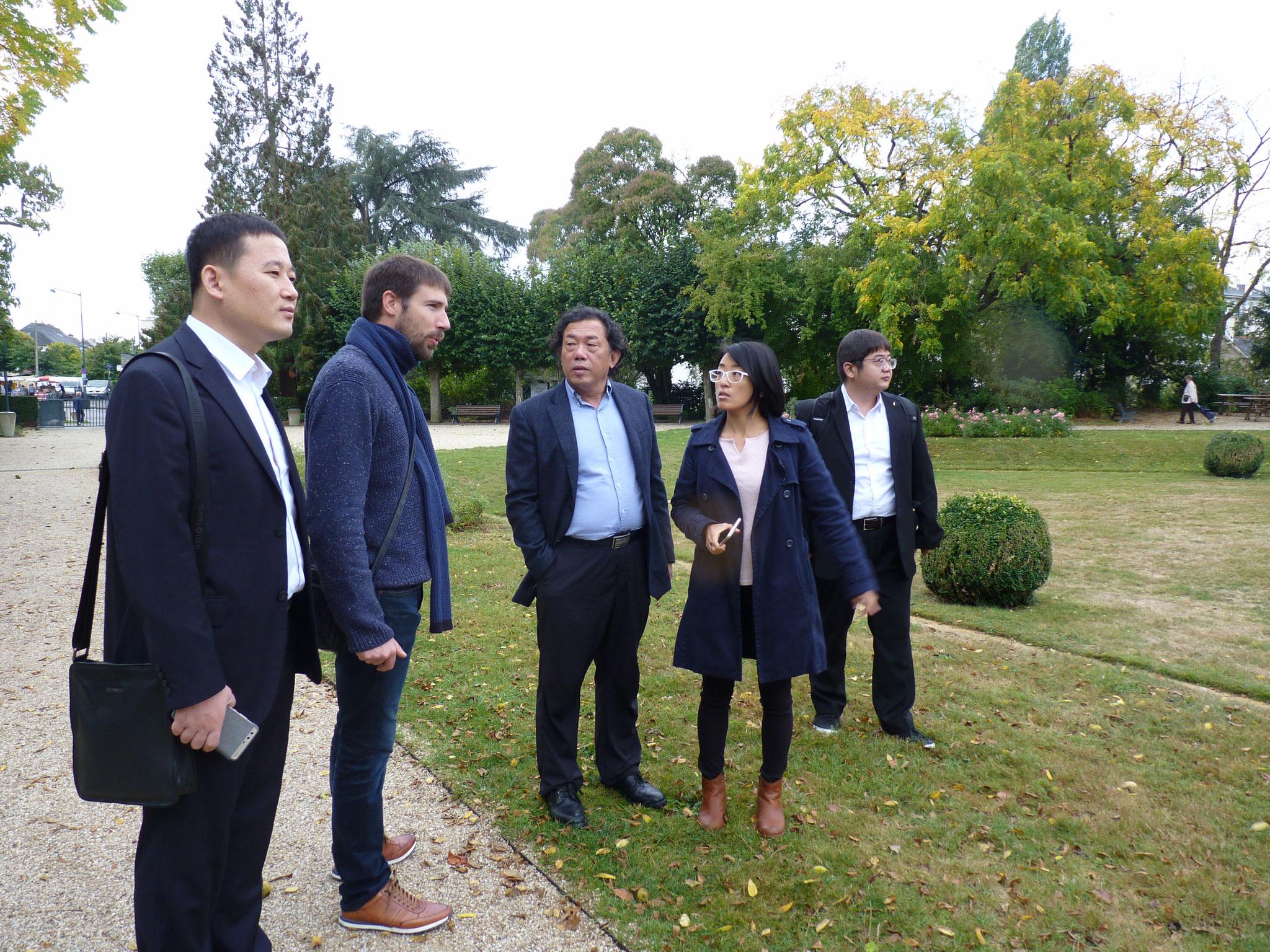 Délégation de paysagistes chinois à Rennes -Jardin chinois