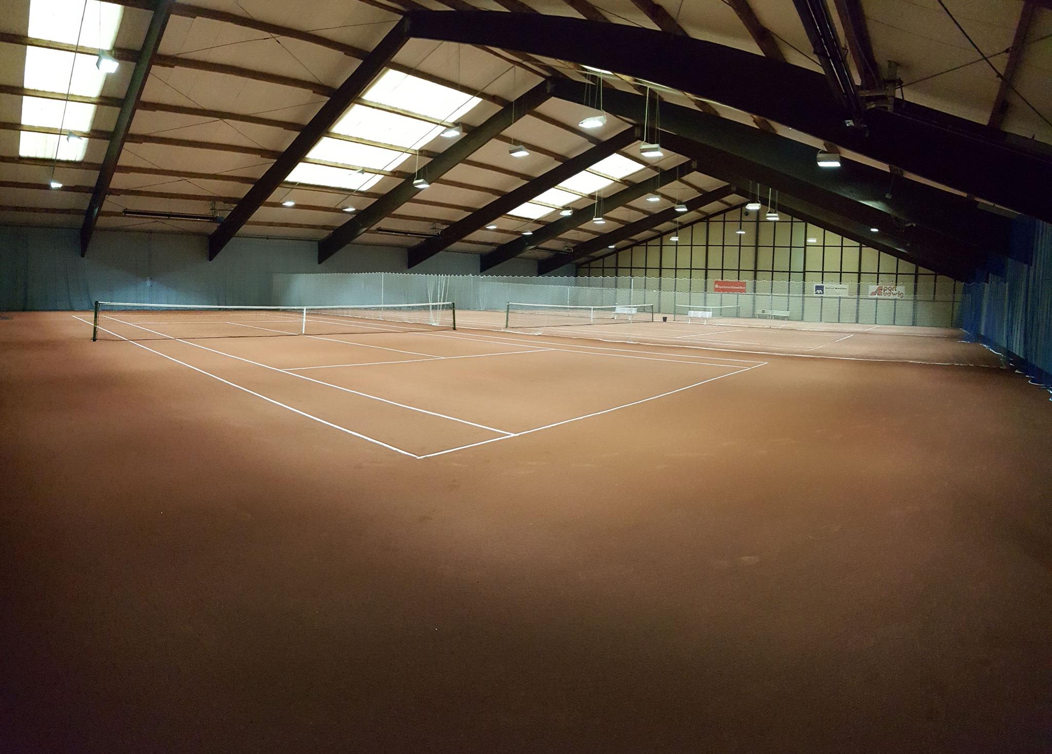3-Feld Tennishalle
