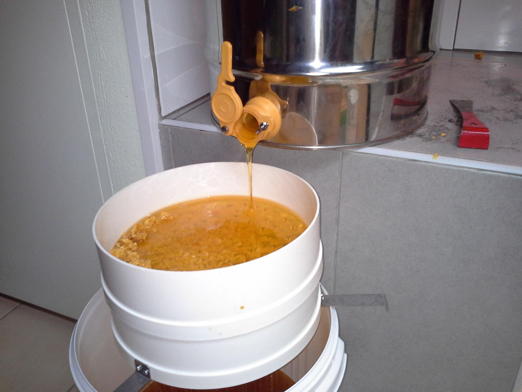 filtrage du miel
