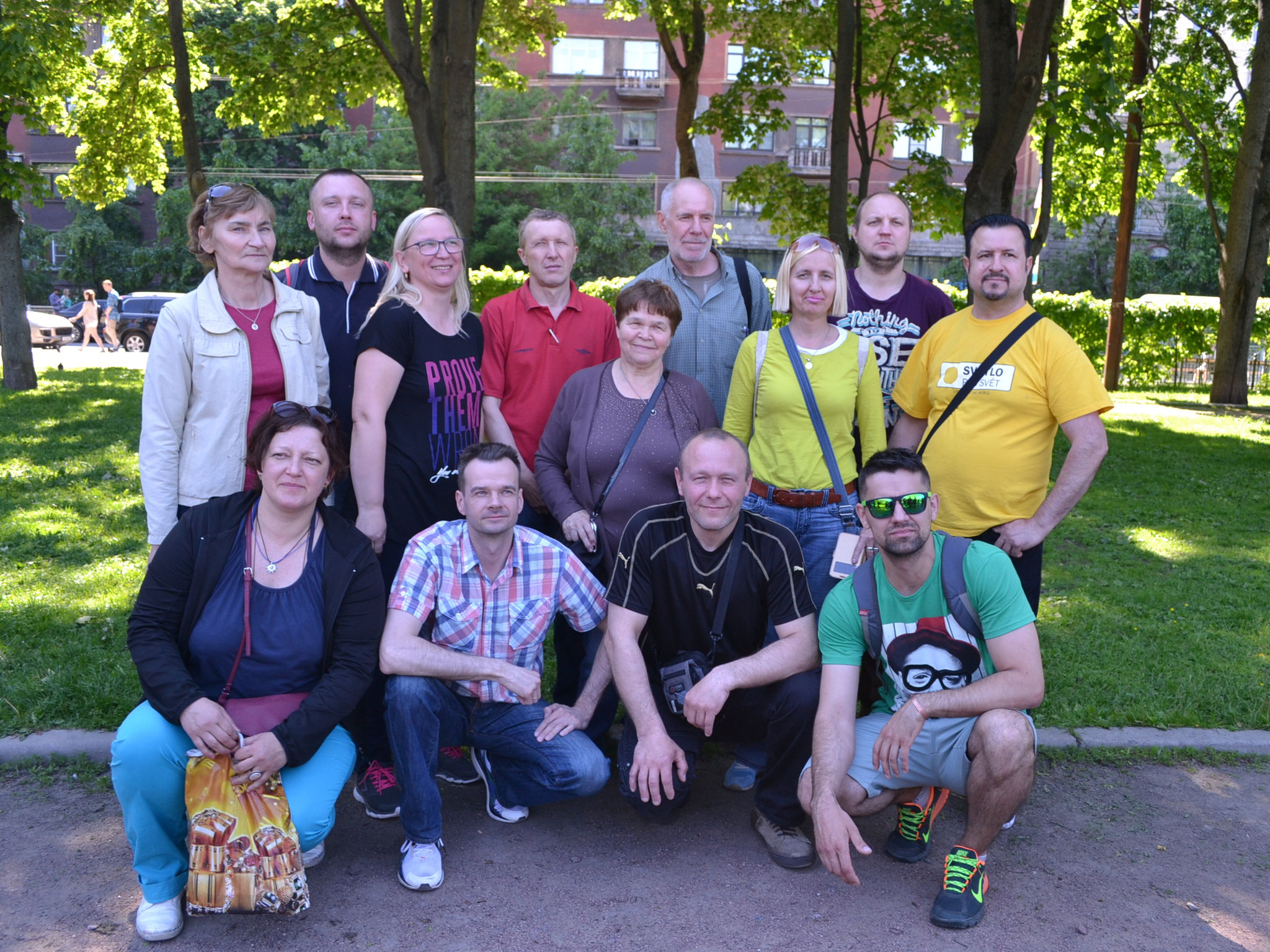 2 команды из Беларуси.