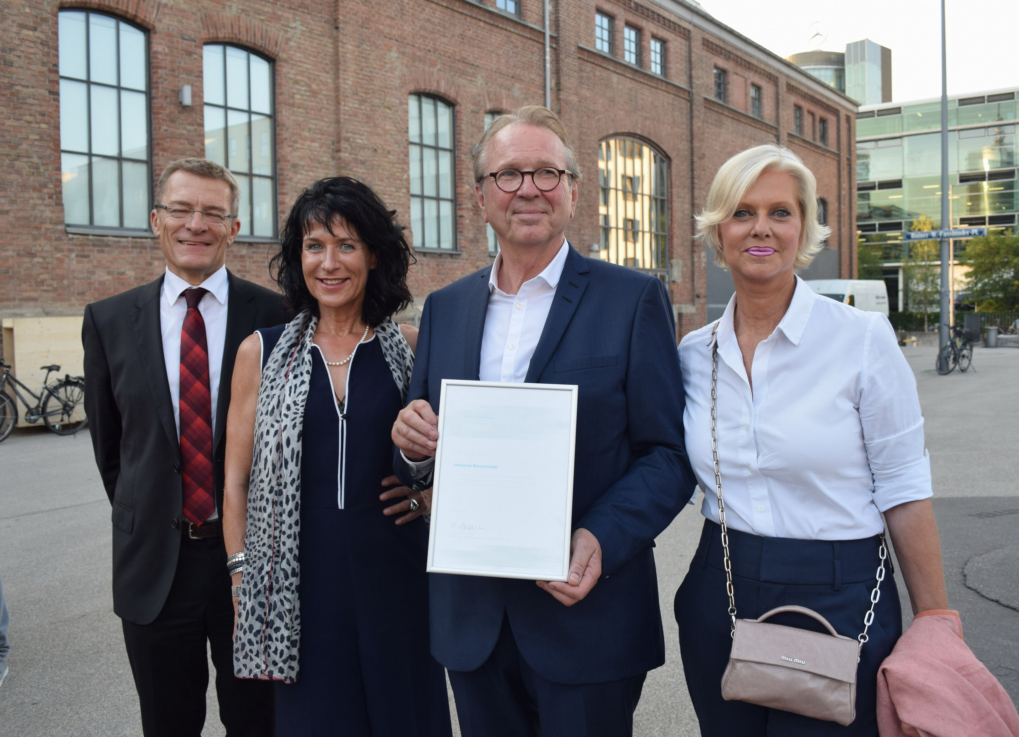 Foto: Schmid / Ministerialdirektor Schütz, Kammerpräsidentin Degenhardt,  Johannes + Gudrun Berschneider