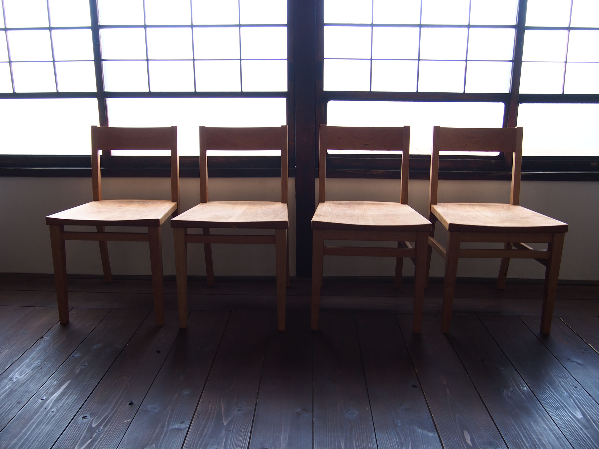 椅子  ( Dining Chair )