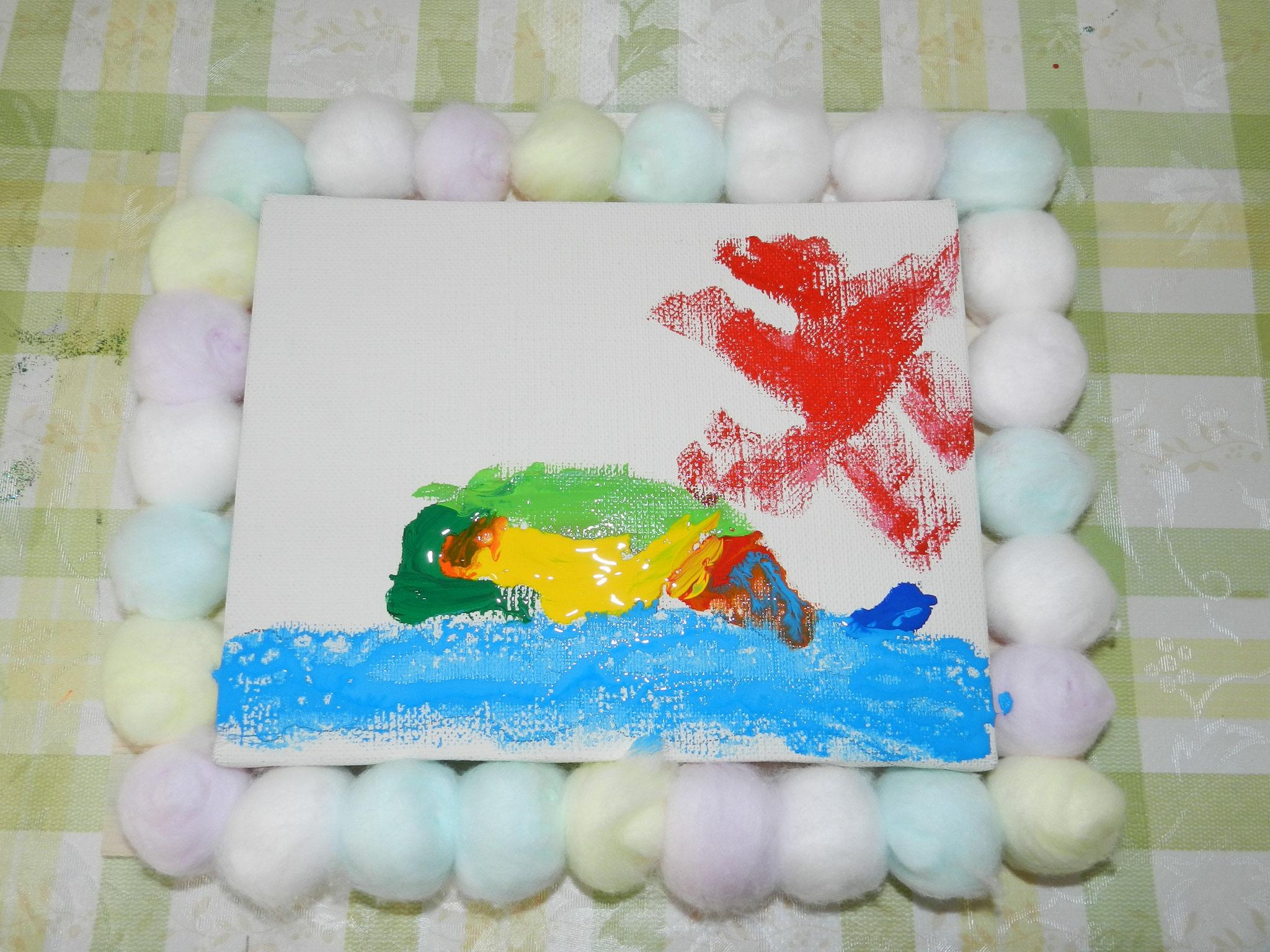コラージュ作品★「虹のクジラ」(小学1年)