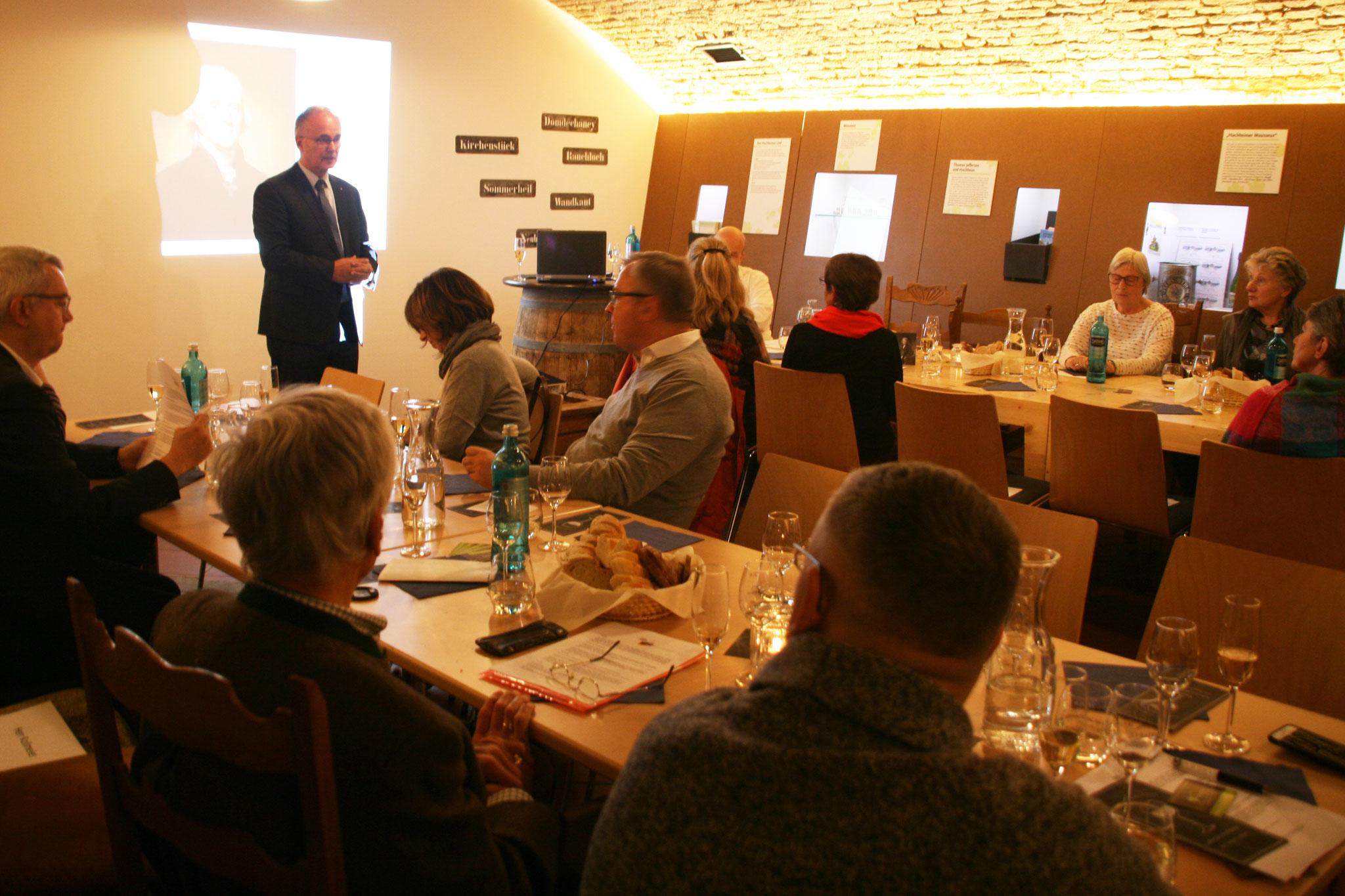 Im Weinbaumuseum wurde eine Kombination aus Vortrag und Weinprobe geboten.