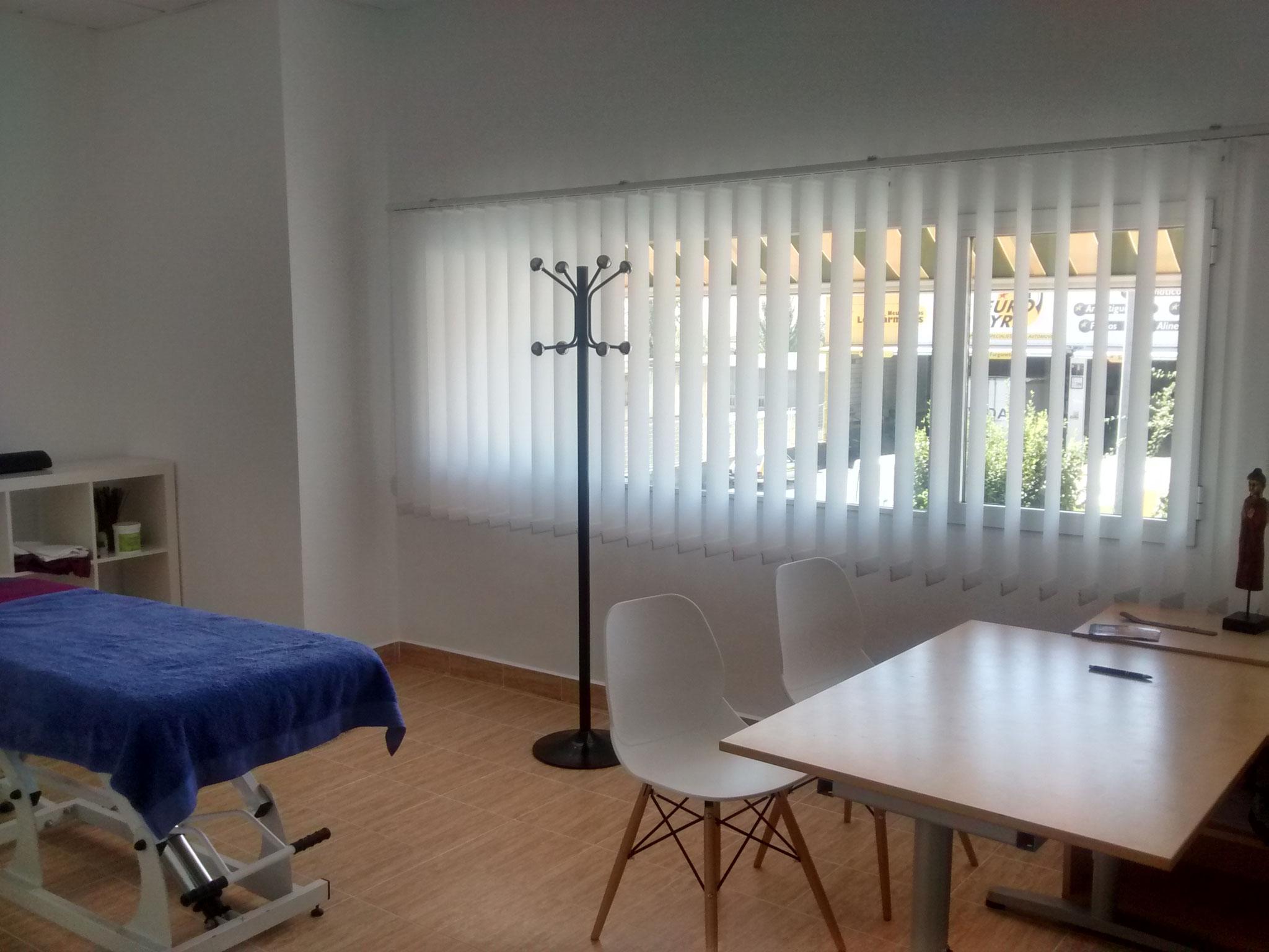 C/ Baza, Parcela 3, Oficina D -  Parque Empresarial Juncaril.  18.220 - Albolote, Granada