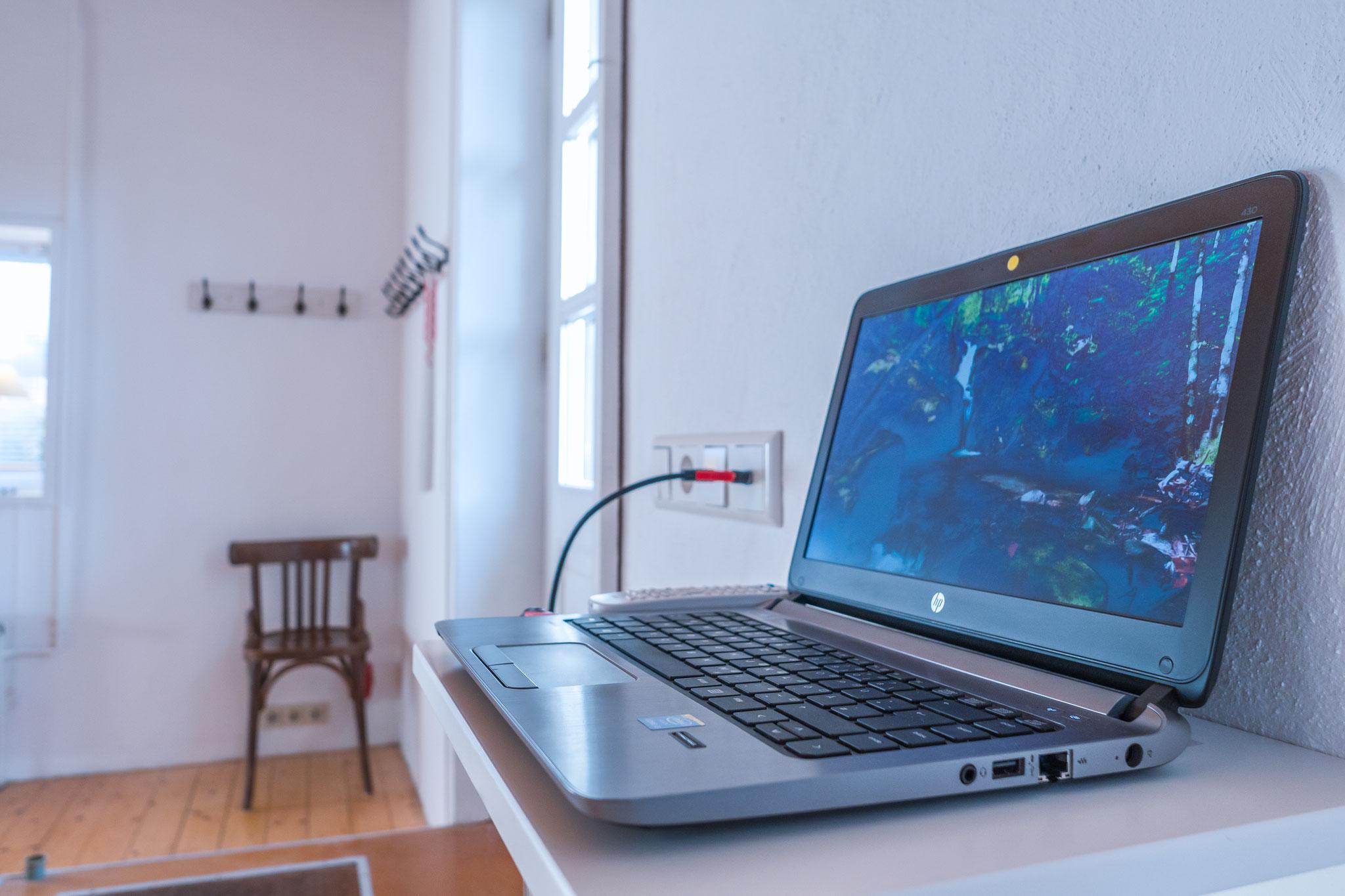 Seminarraum und Gruppenraum, Medientechnik, HDMI-Anschluss
