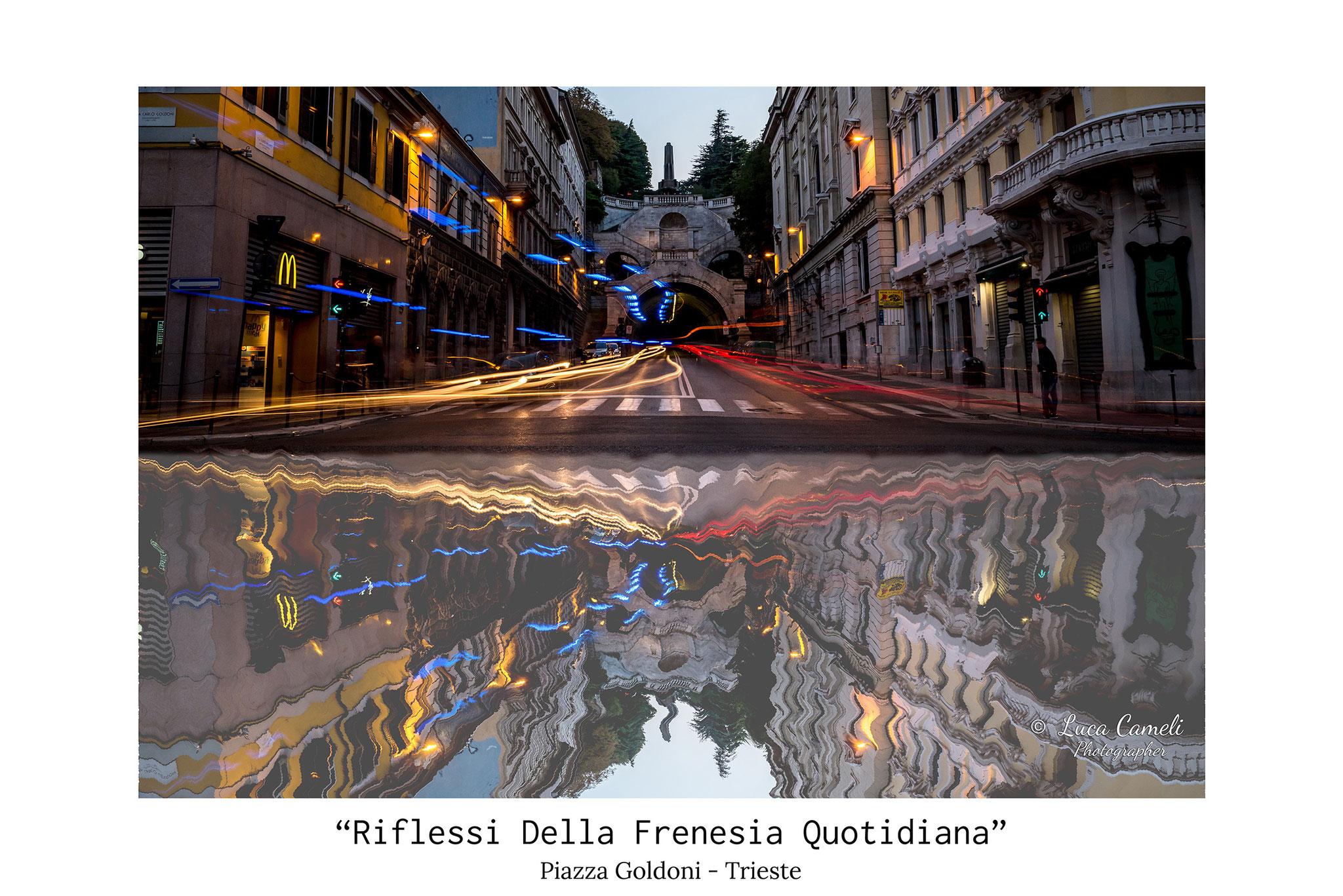 """""""Riflessi Della Frenesia Quotidiana"""", Trieste, Piazza Goldondi con al centro, sopra la galleria, la fontana e """"La Scala Dei Giganti. © Luca Cameli Photographer"""