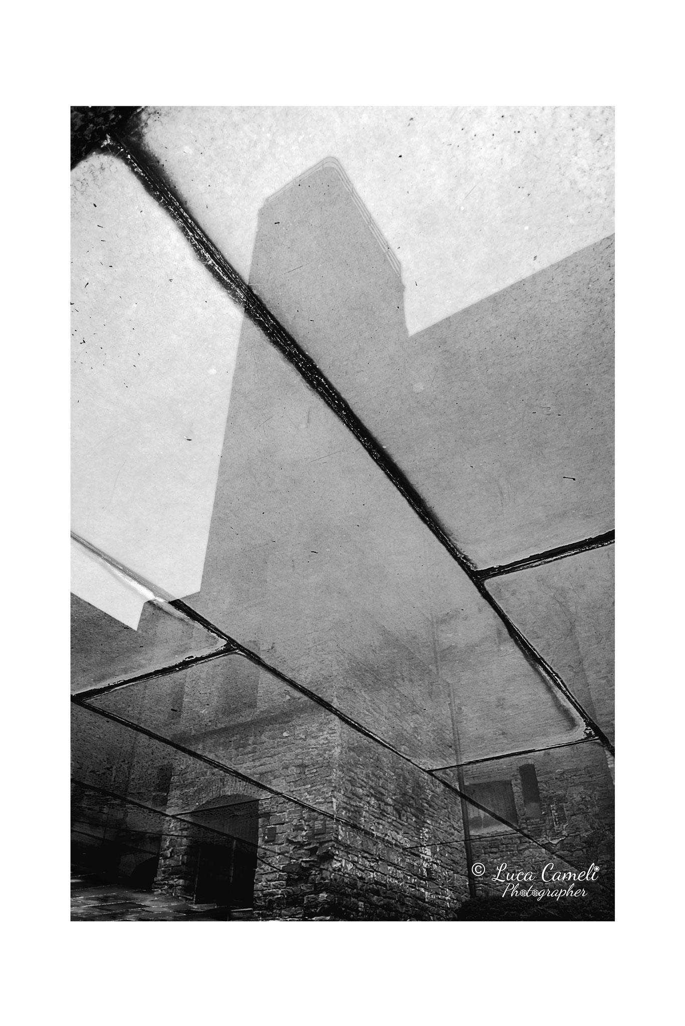 """""""Inizio della fine"""" Risiera di San Sabba, Trieste (2017). Ingresso Risiera di San Sabba dopo il restauro dell'architetto Romano Boico nel 1975. © Luca Cameli Photographer - Selezionato Venice International Art Fair 2020"""