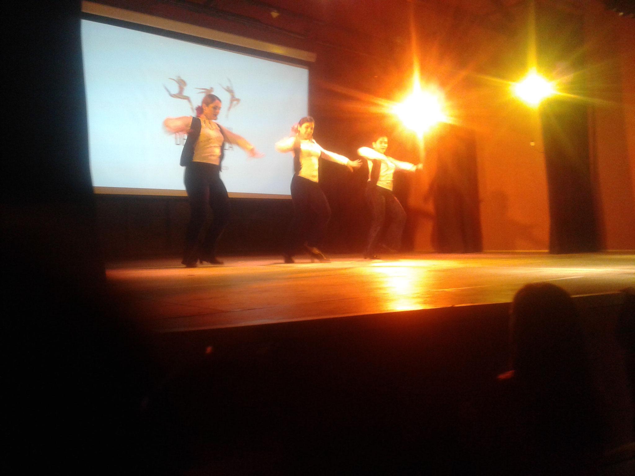 Dia de la danza, en P. Tirol