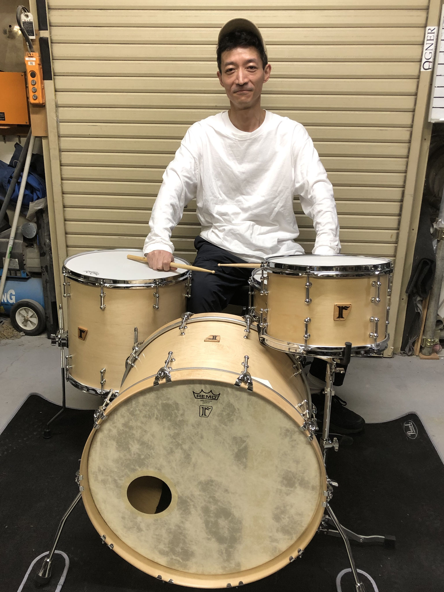 "田中励二 [YOUR SONG IS GOOD] Custom. Maple 8ply / 22""x15"" BD , 12""x8"" TT , 16""x15"" FT"